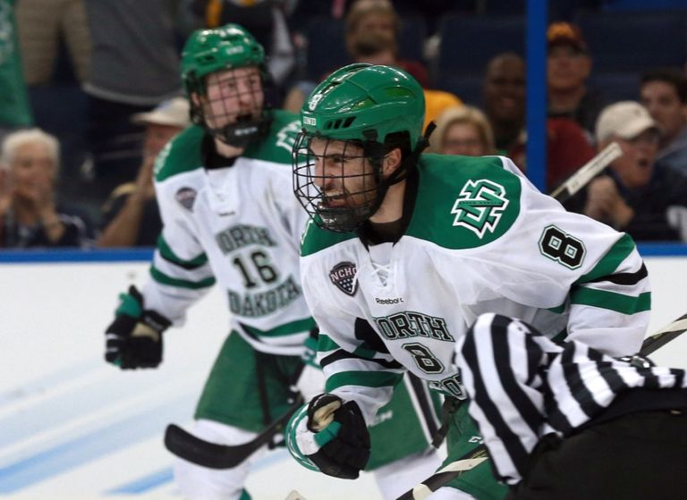 9236268-nick-schmaltz-ncaa-hockey-frozen-four-denver-vs-north-dakota-768x559