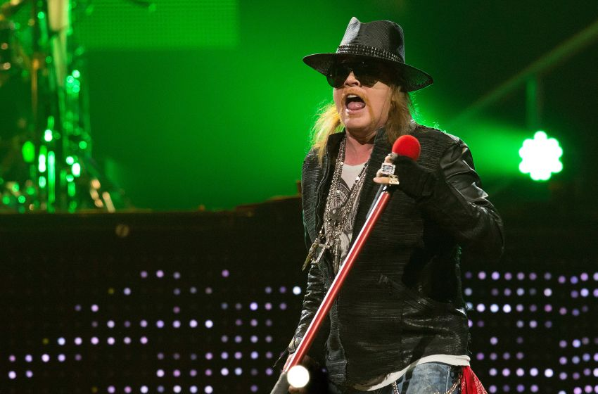 Axl Rose 'set to replace' Brian Johnson on AC/DC tour