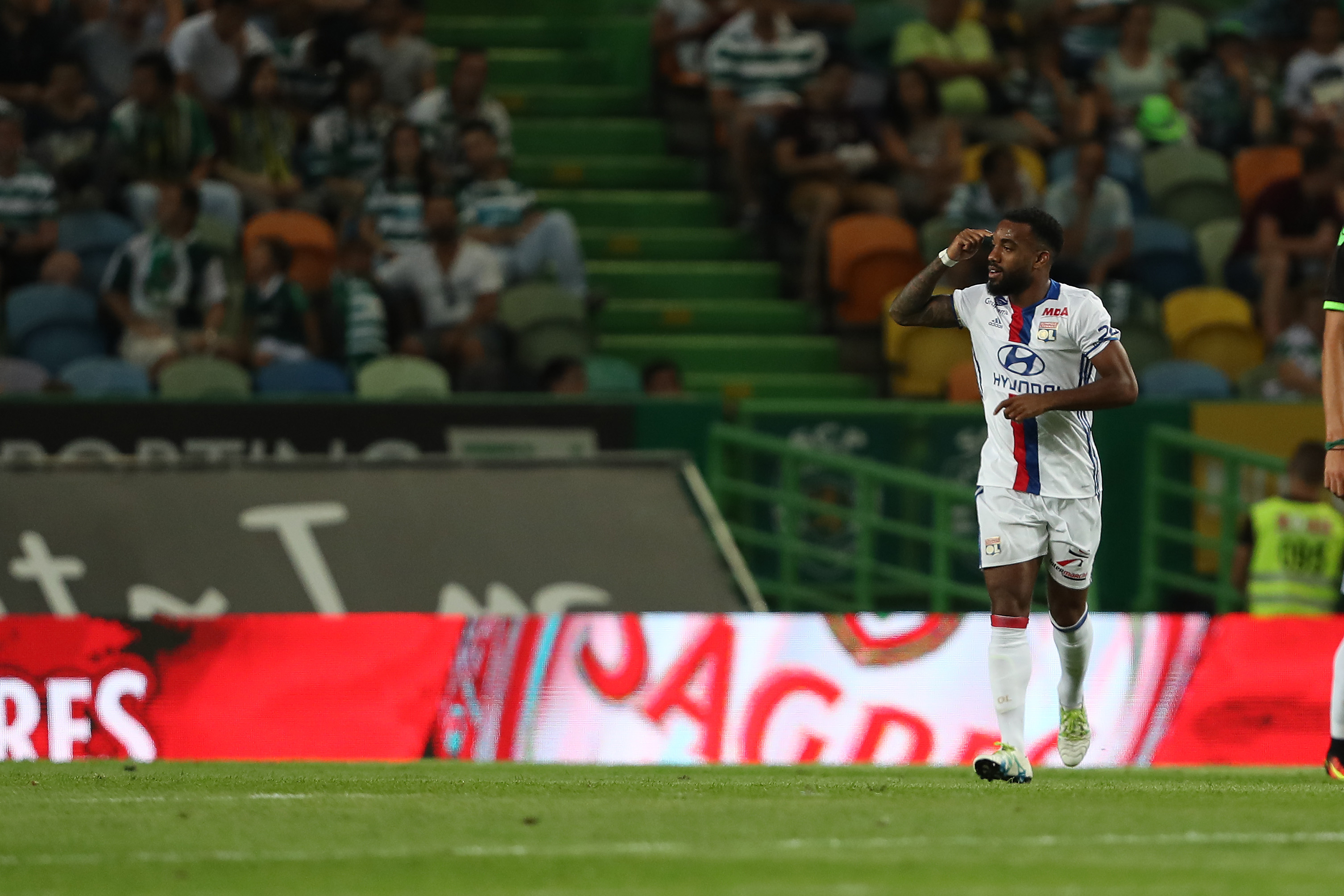 579379088-sporting-cp-v-lyon-friendly-match