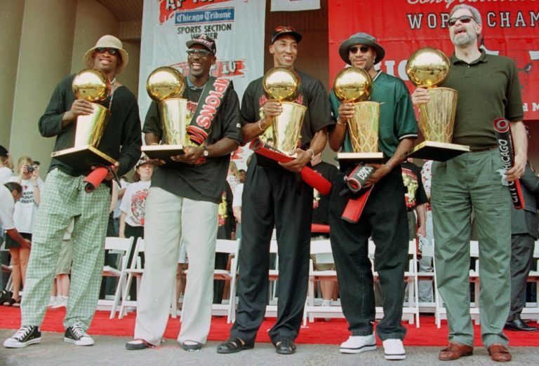 51653238-l-to-r-dennis-rodman-michael-jordan-scottie-pi-768x522