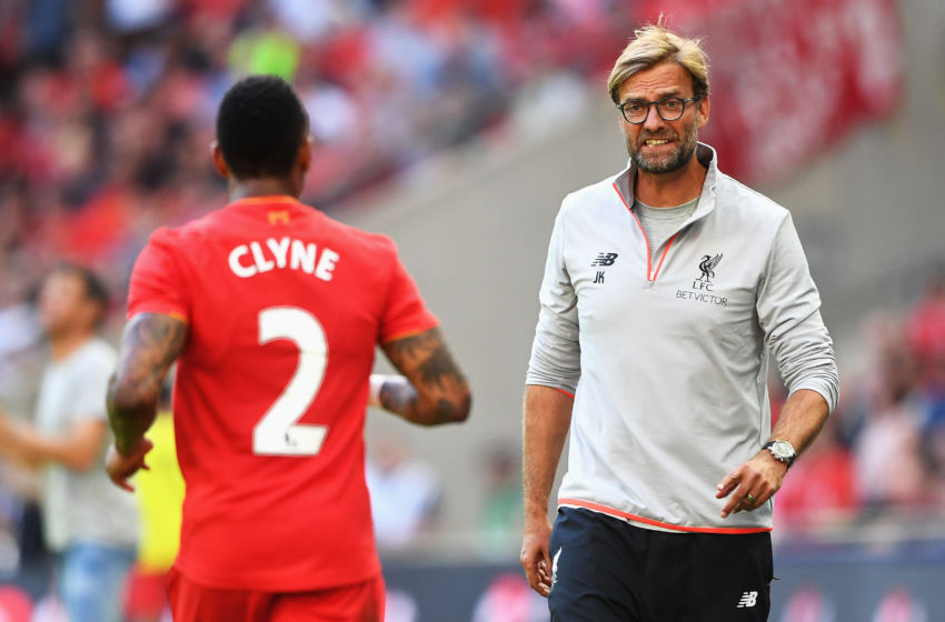 LONDON, ENGLAND - AUGUST 06: Jurgen Klopp, Manager of Liverpool talks with Nathaniel Clyne of Liverpool during the International Champions Cup match between Liverpool and Barcelona at Wembley Stadium on August 6, 2016 in London, England. (Photo by Michael Regan/Getty Images)
