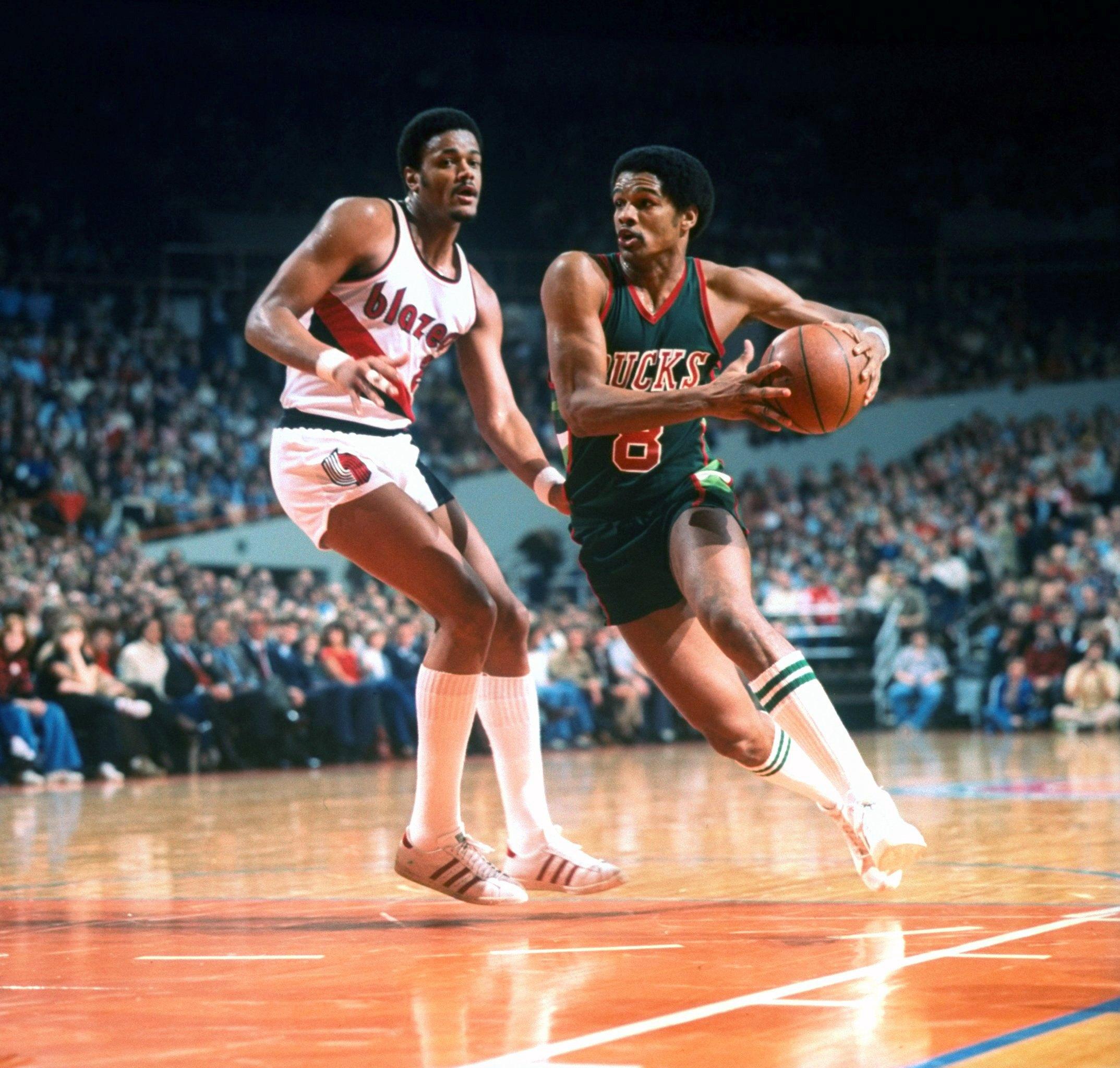 Milwaukee Bucks: 25 Best Players To Play For The Bucks