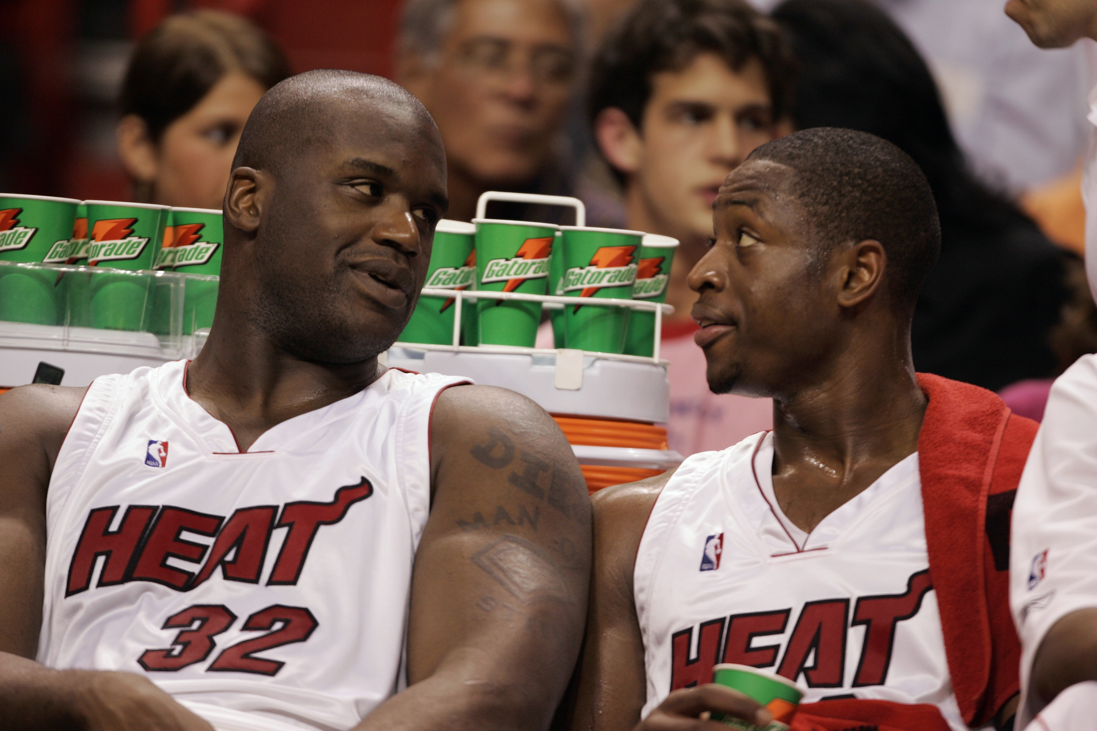 UNITED STATES - MARCH 07: Basketball: Closeup of Miami Heat Shaquille O'Neal (32) and Alonzo Mourning (33) on bench during game vs Philadelphia 76ers, Miami, FL 3/7/2005 (Photo by Bill Frakes/Sports Illustrated/Getty Images) (SetNumber: X73001 TK1)
