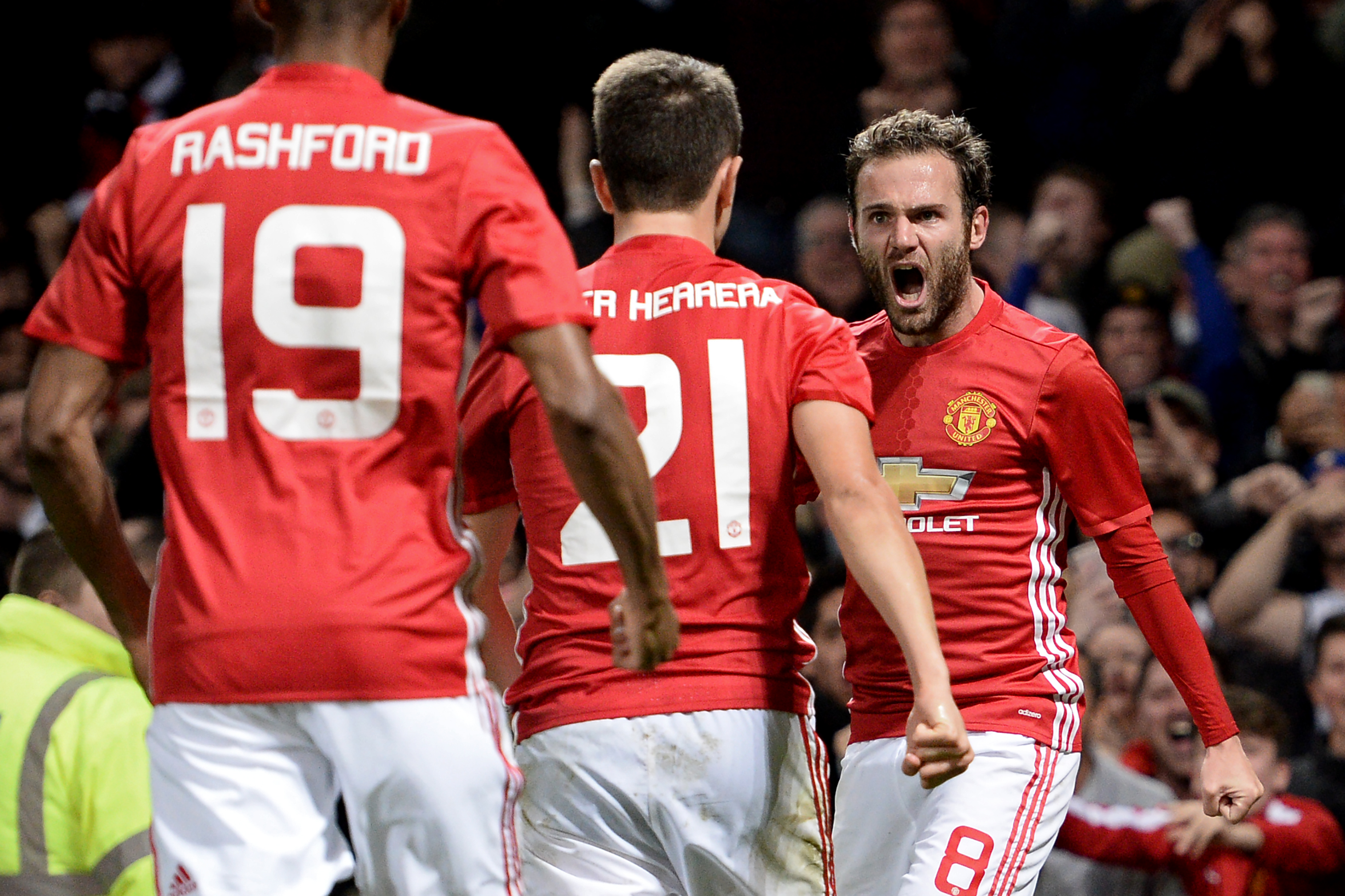 5 reasons why Manchester United can still win the Premier League title