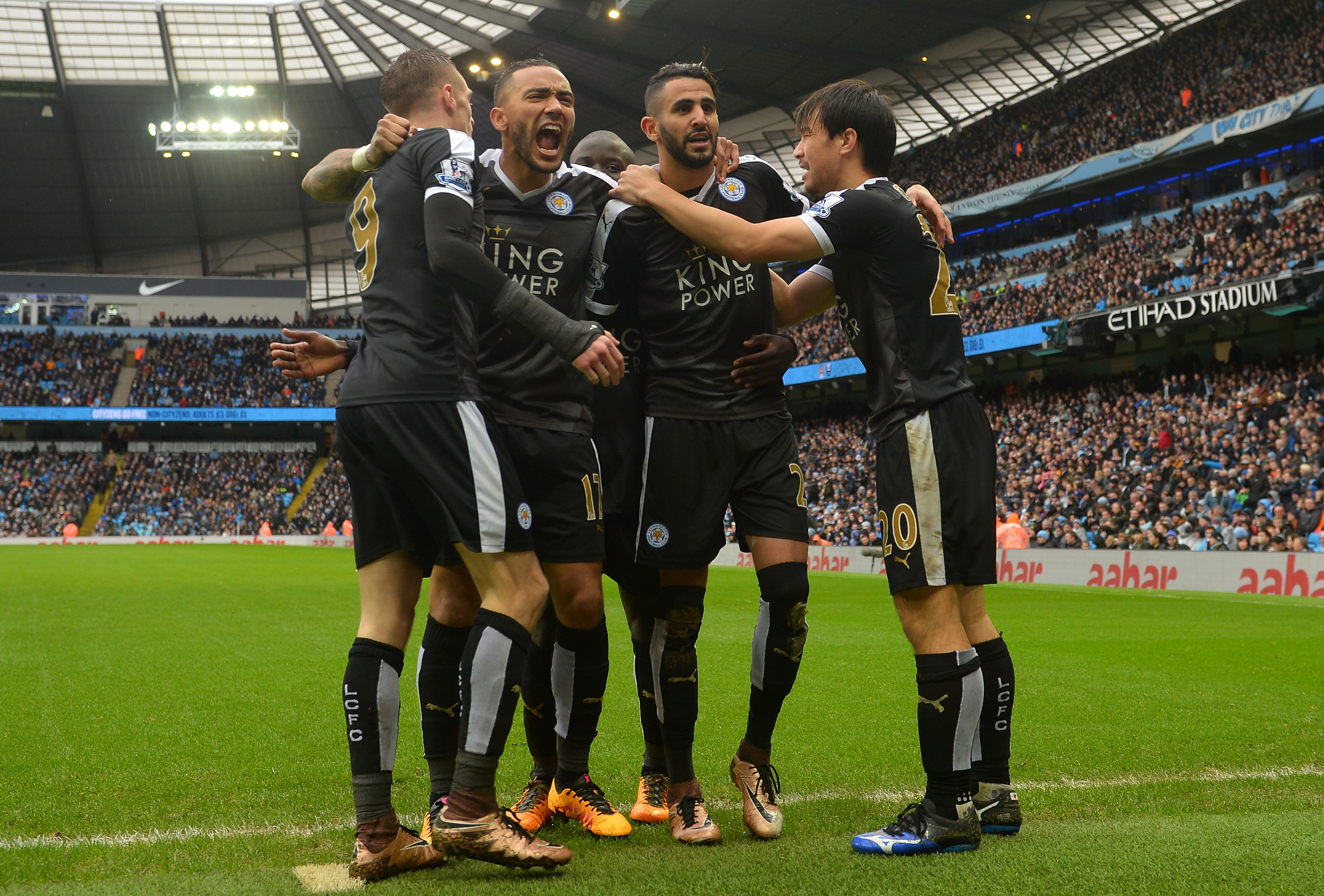 Vardy, Leicester rediscover title-winning form to beat City