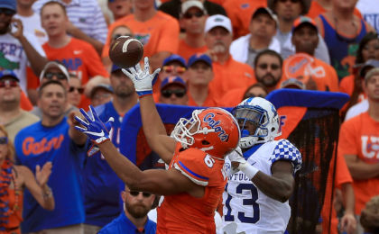 GAINESVILLE, FL - SEPTEMBER 10: Quincy Wilson #6 of the Florida Gators makes an interception over Jeff Badet #13 of the Kentucky Wildcats during a game against the Kentucky Wildcats at Ben Hill Griffin Stadium on September 10, 2016 in Gainesville, Florida. (Photo by Mike Ehrmann/Getty Images)
