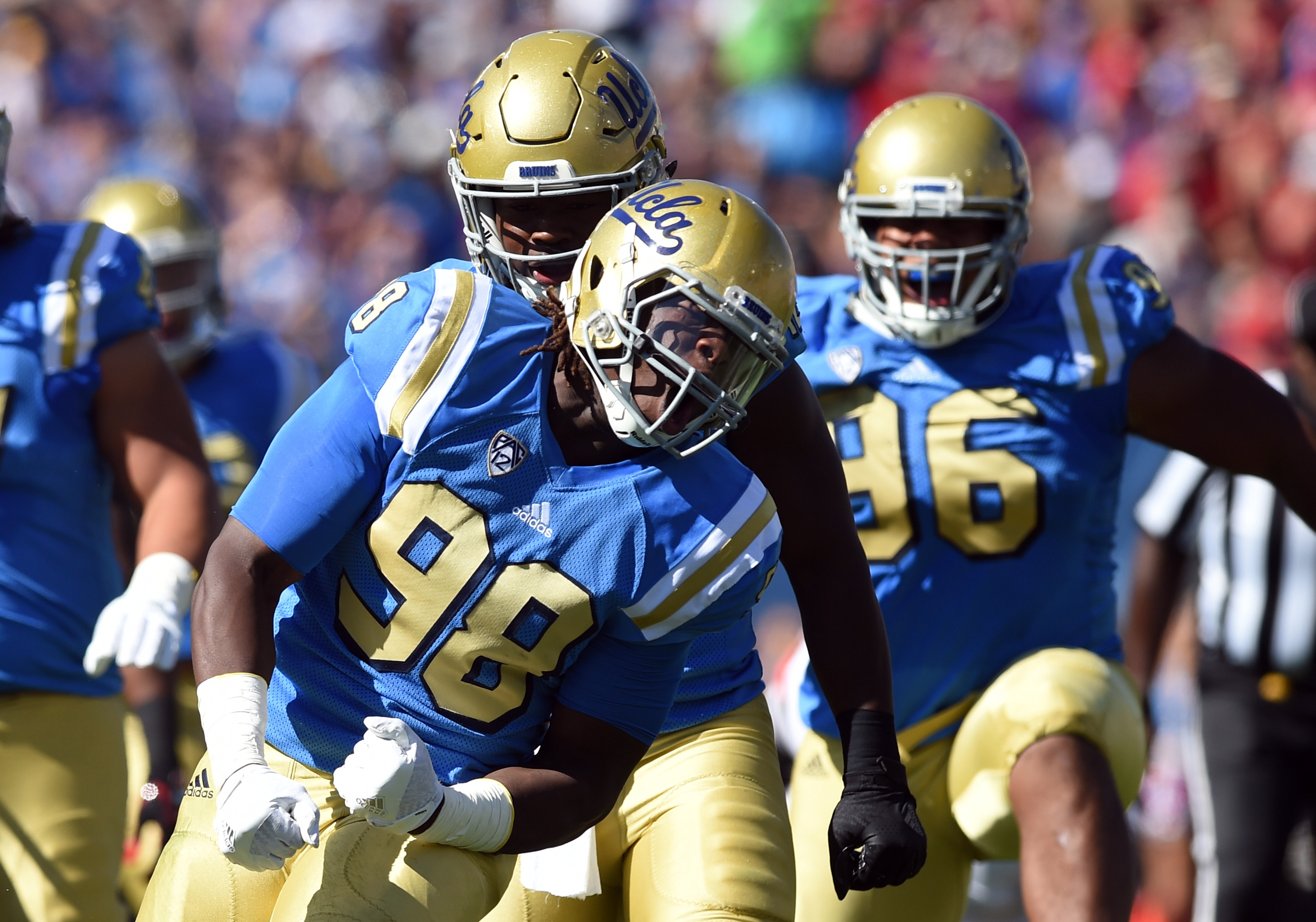 617291938-ncaa-football-oct-22-utah-at-ucla.jpg