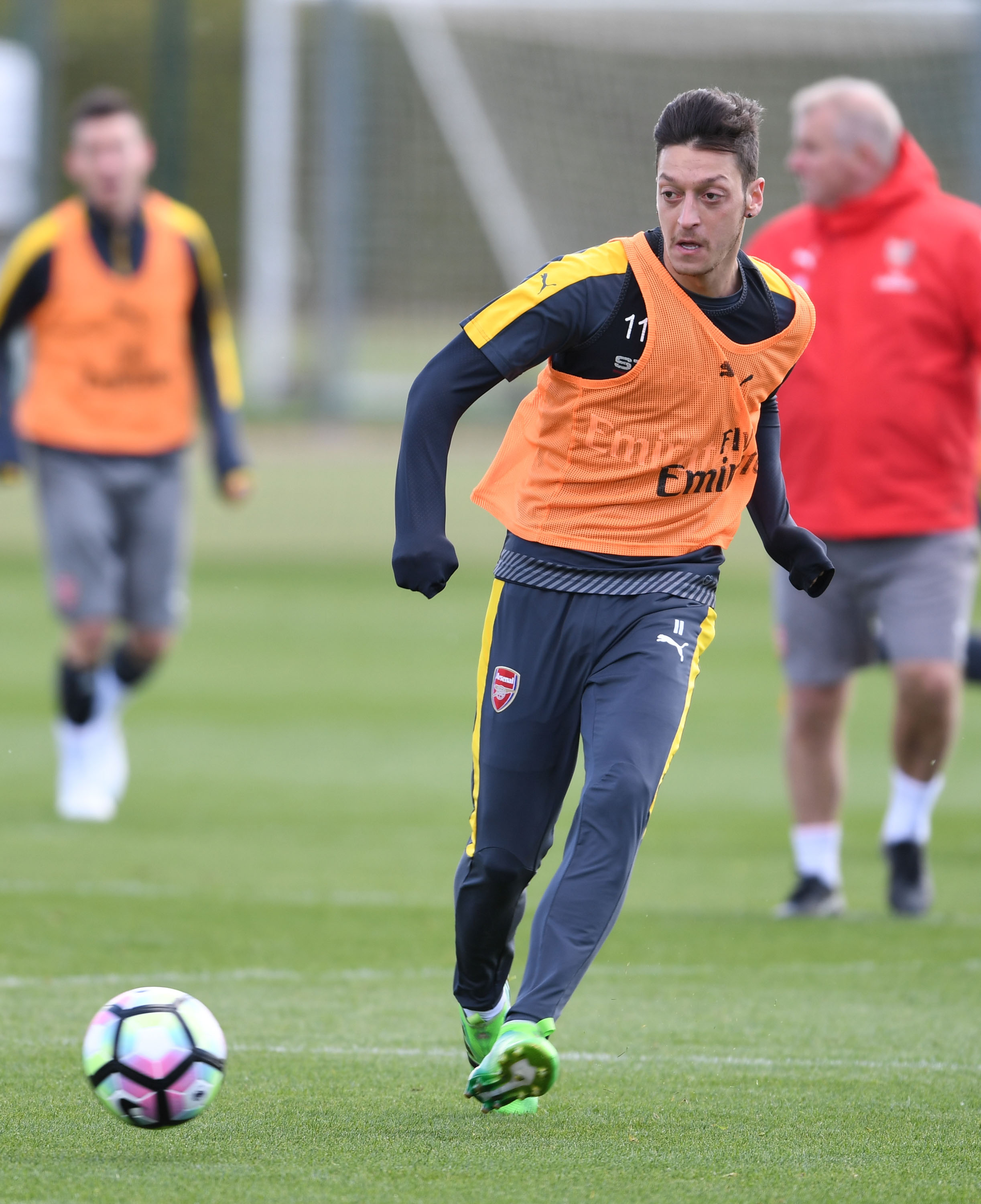 672745946-arsenal-training-session.jpg