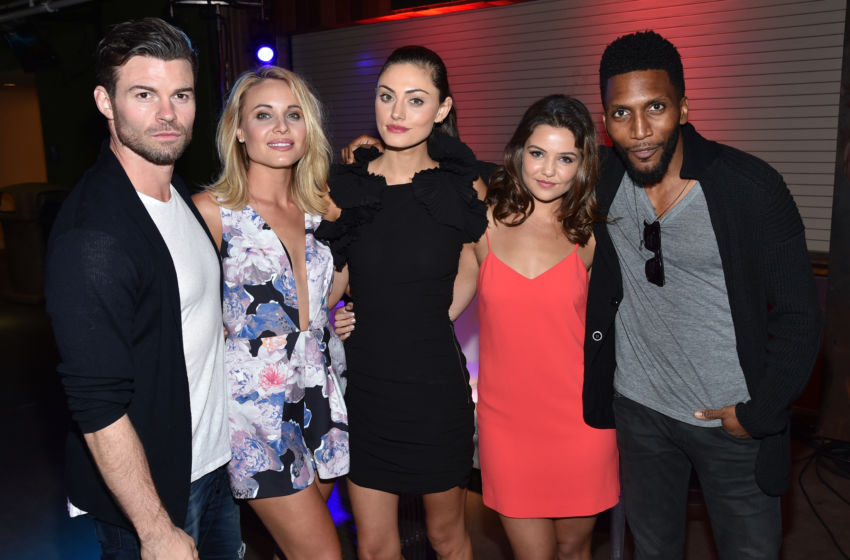 SAN DIEGO, CA - JULY 09: (L-R) Cast of 'The Originals' Daniel Gillies, Leah Pipes, Phoebe Tonkin, Danielle Campbell and Yusuf Gatewood attend the MTV Fandom Awards San Diego at PETCO Park on July 9, 2015 in San Diego, California. (Photo by John Shearer/MTV1415/Getty Images for MTV)