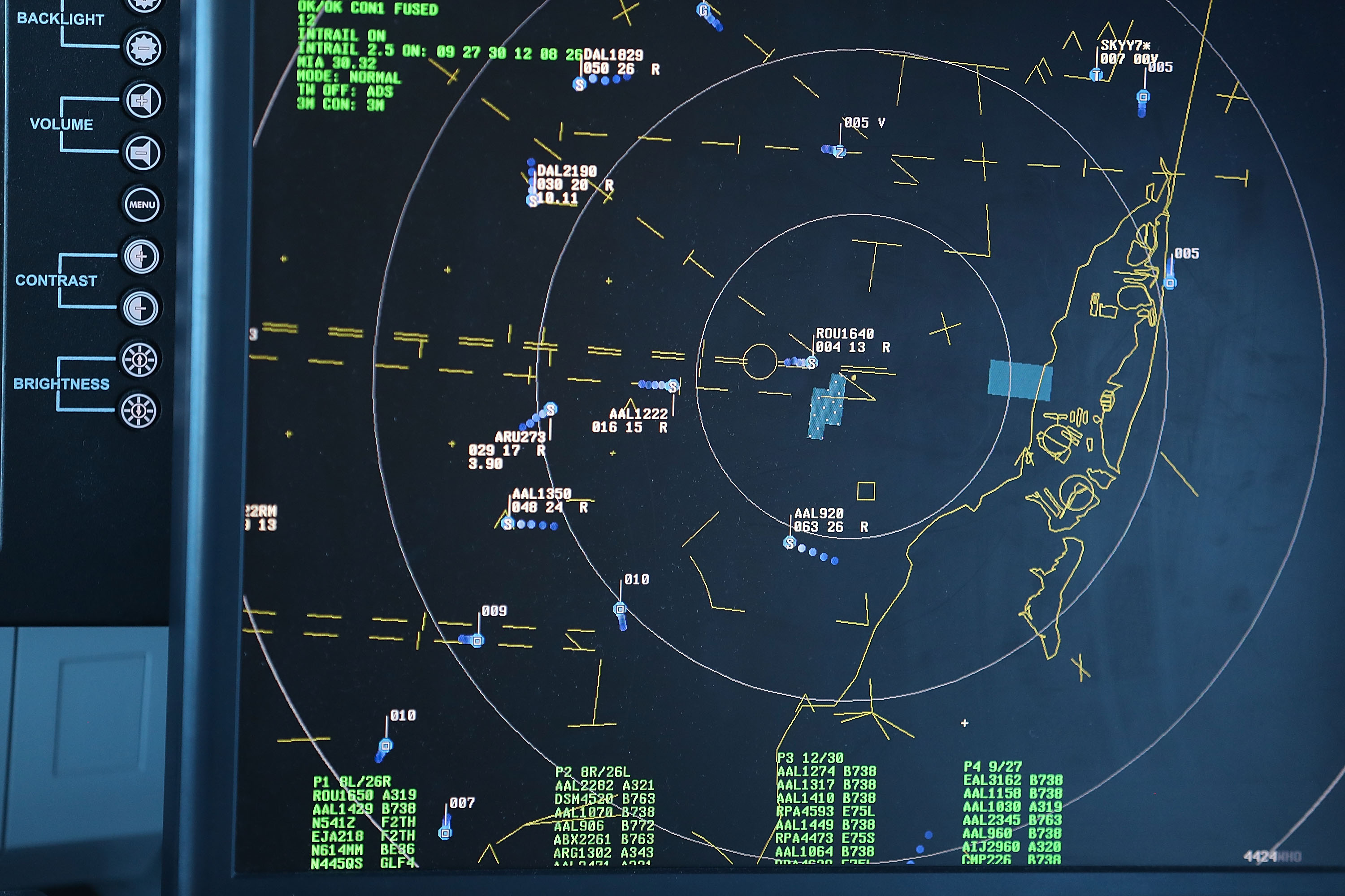 648801542-new-communications-system-demonstrated-at-miami-intl-airport.jpg