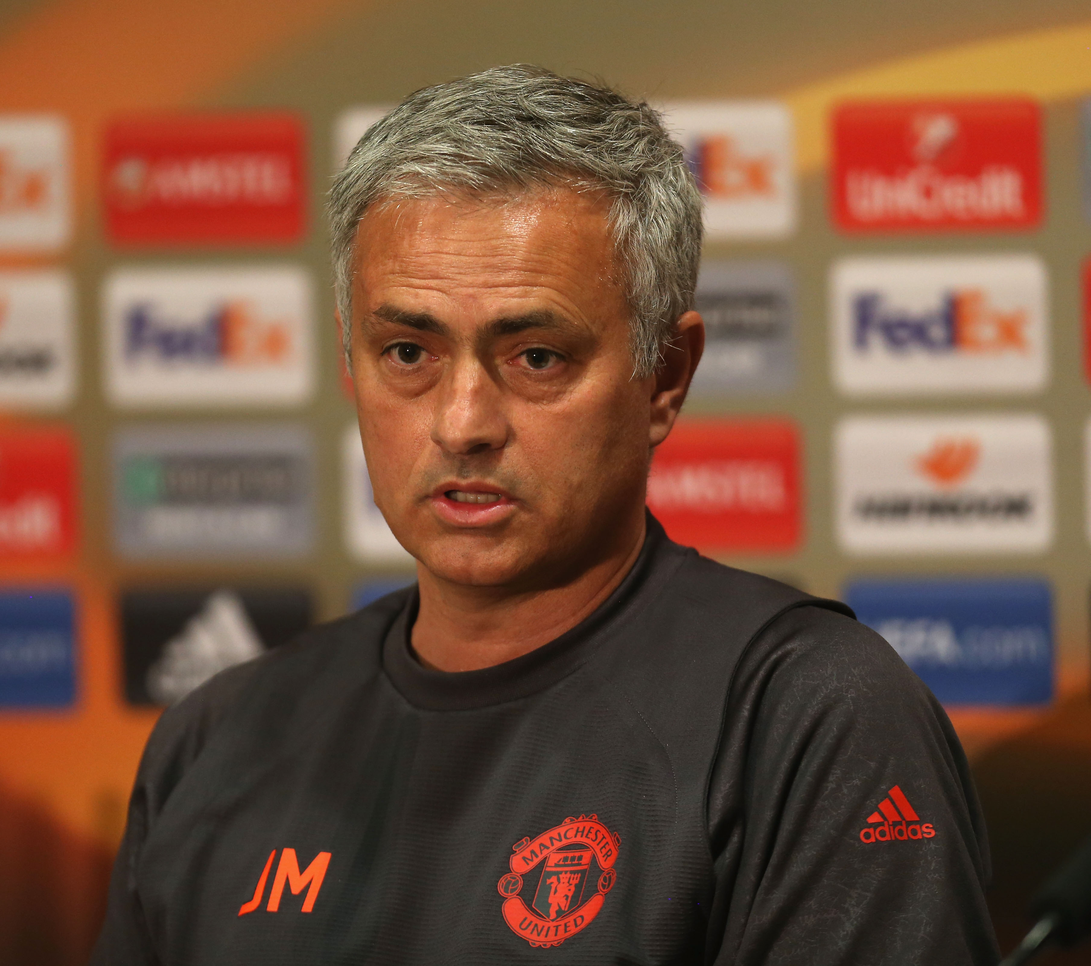 Wayne Rooney focused on fighting for Manchester United place