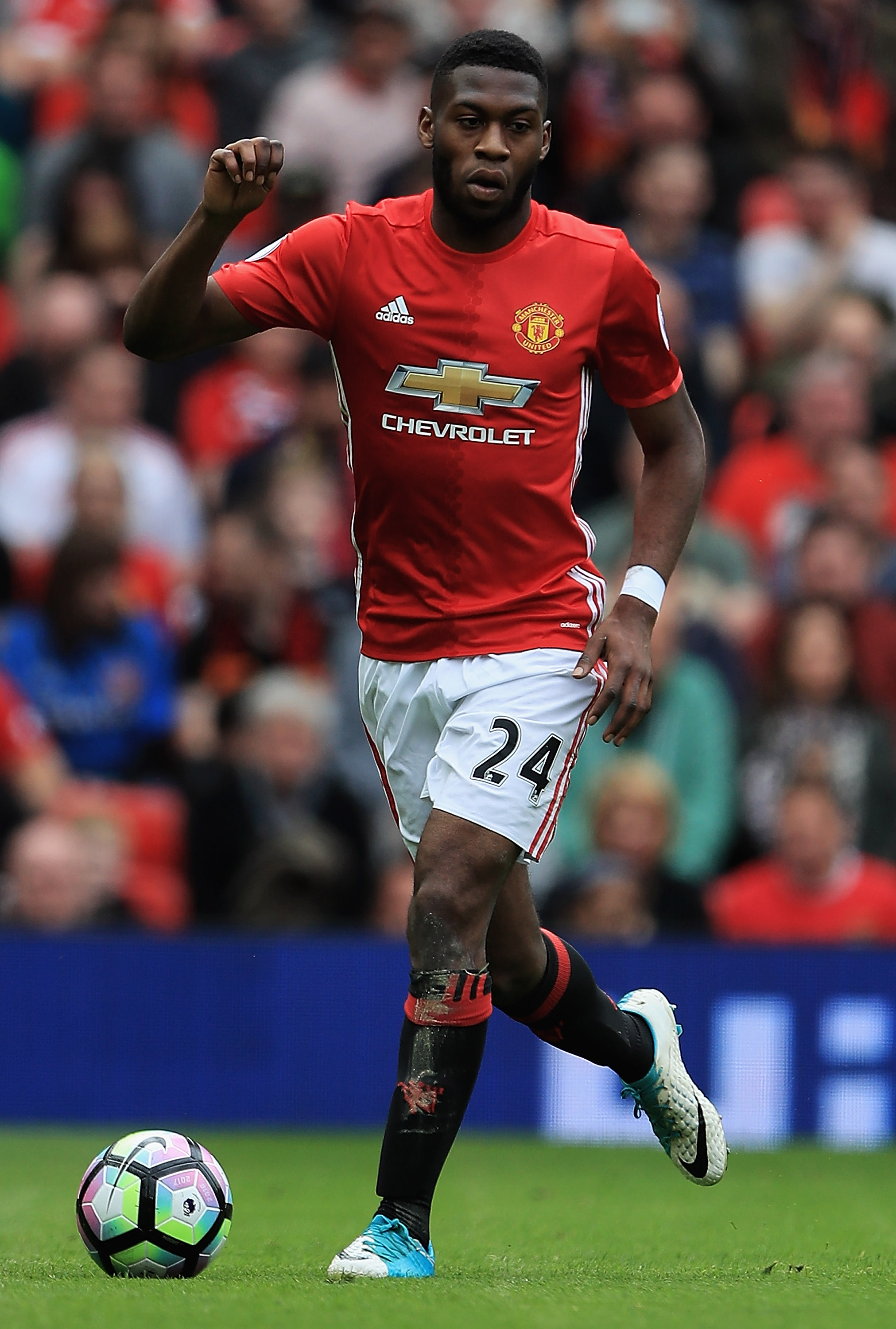 2016 2017 season performance review timothy fosu mensah for Manchester united exterieur 2017