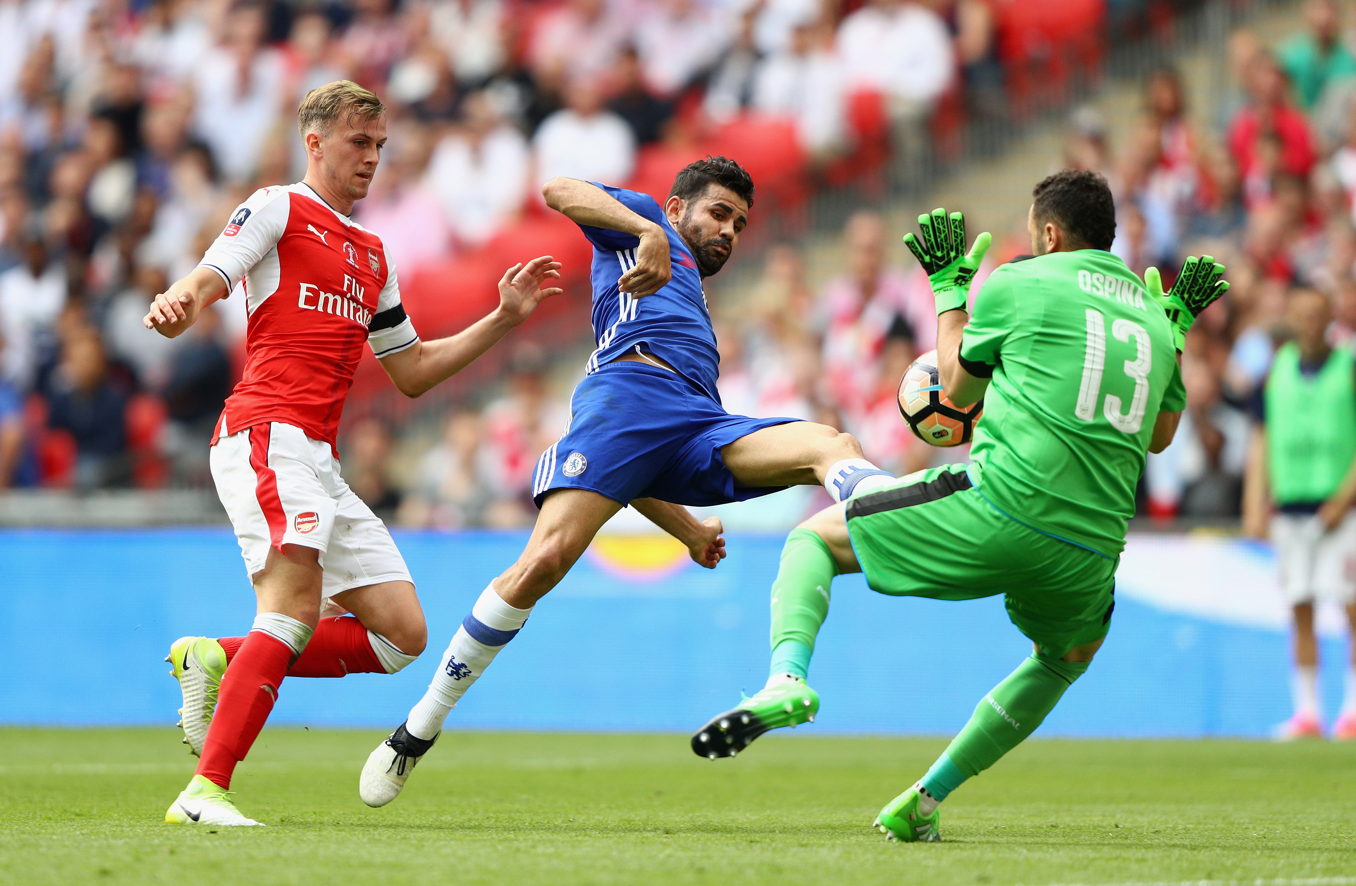 Chelsea beaten by Arsenal at Wembley