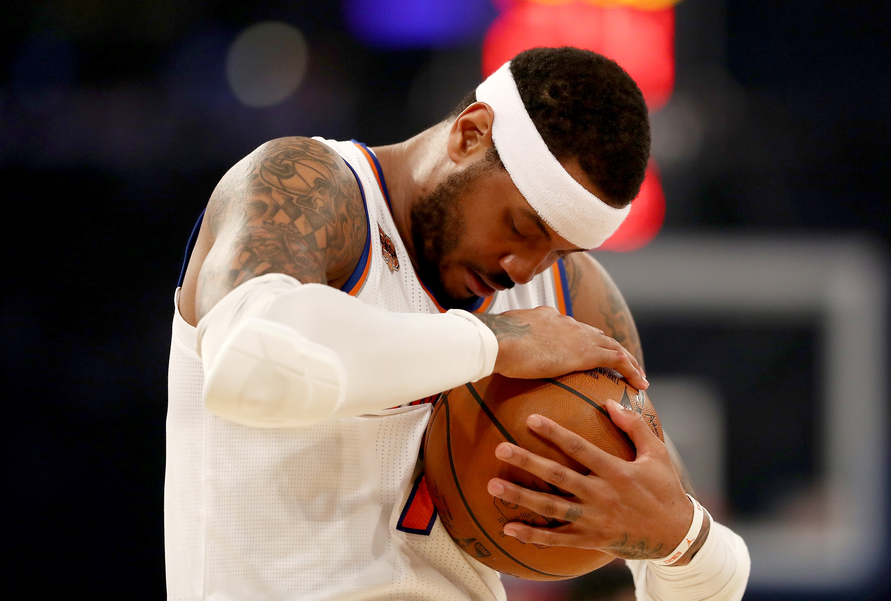 Carmelo Anthony Open To Waiving No-Trade Clause For Rockets, Cavs