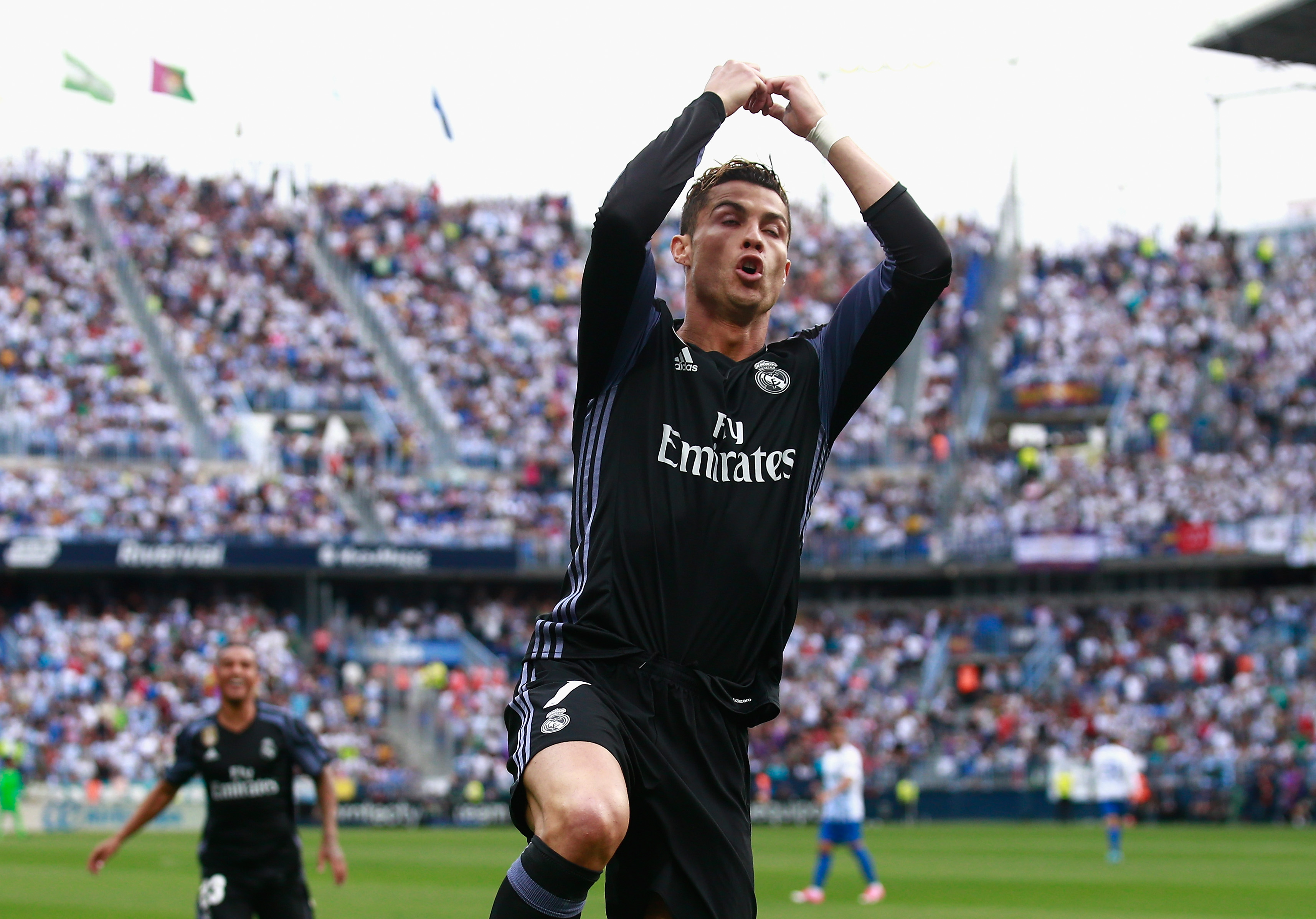 Cristiano Ronaldo sprinkler hit in Champions League final