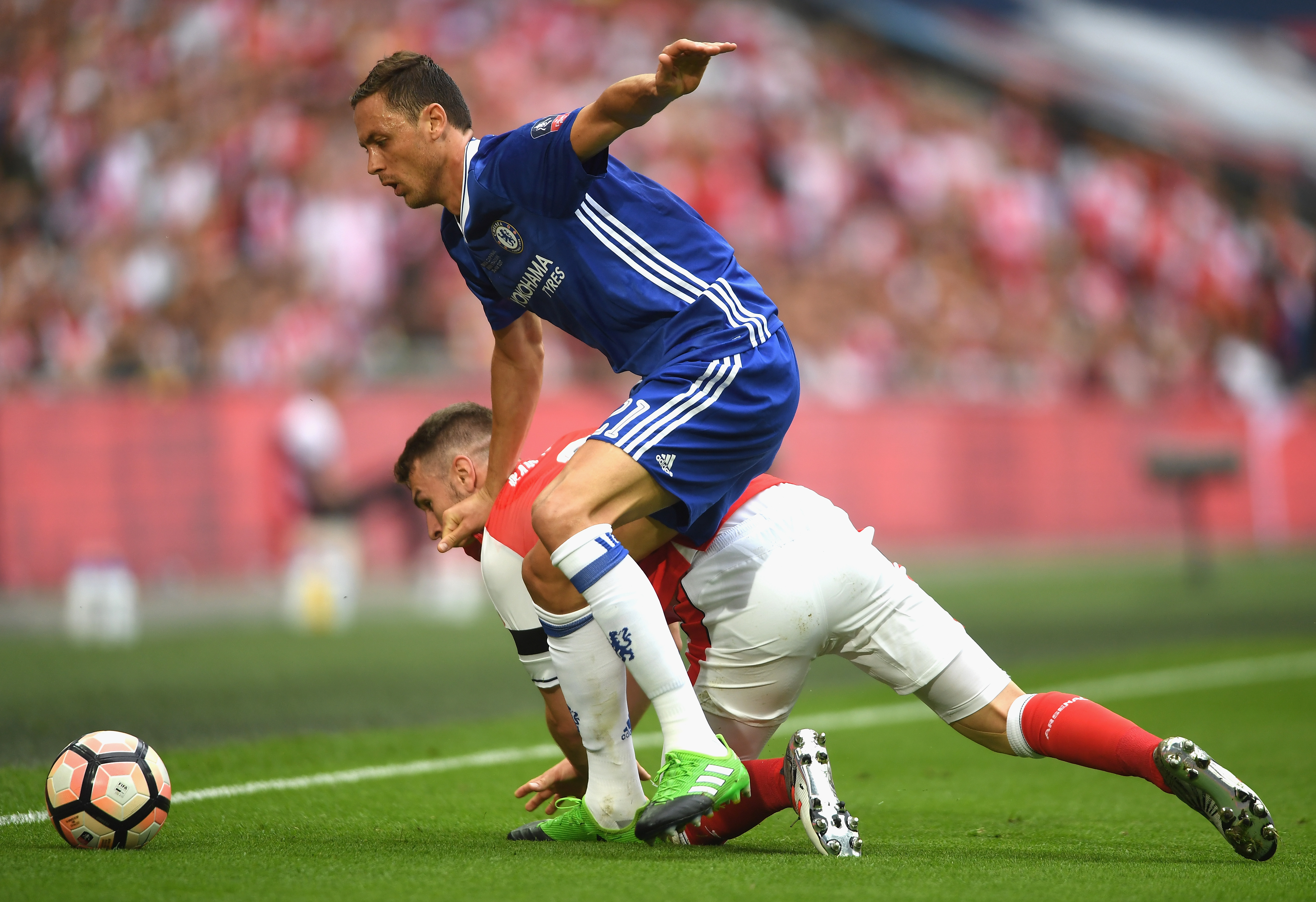 689032236-arsenal-v-chelsea-the-emirates-fa-cup-final.jpg
