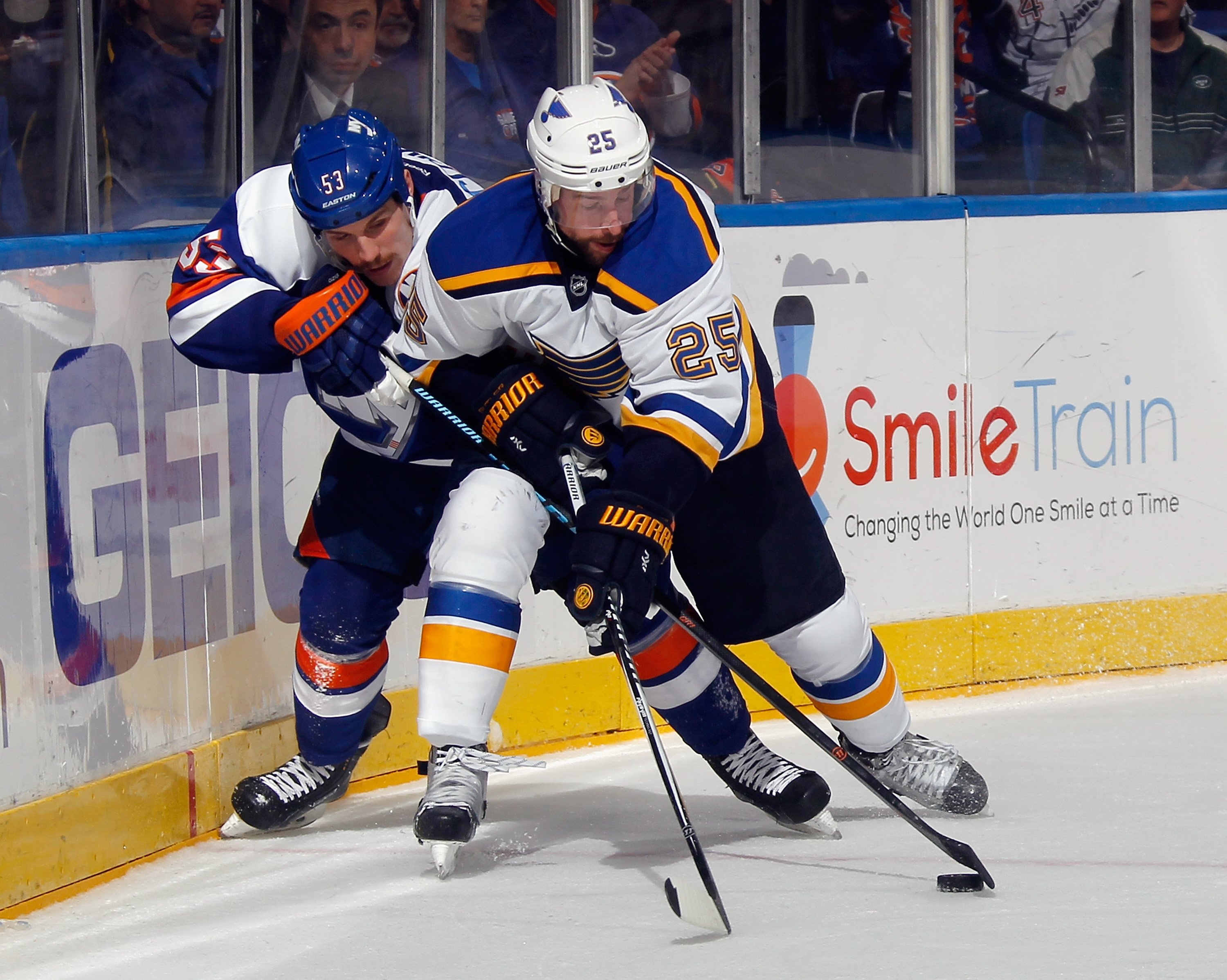 460057388-st-louis-blues-v-new-york-islanders.jpg