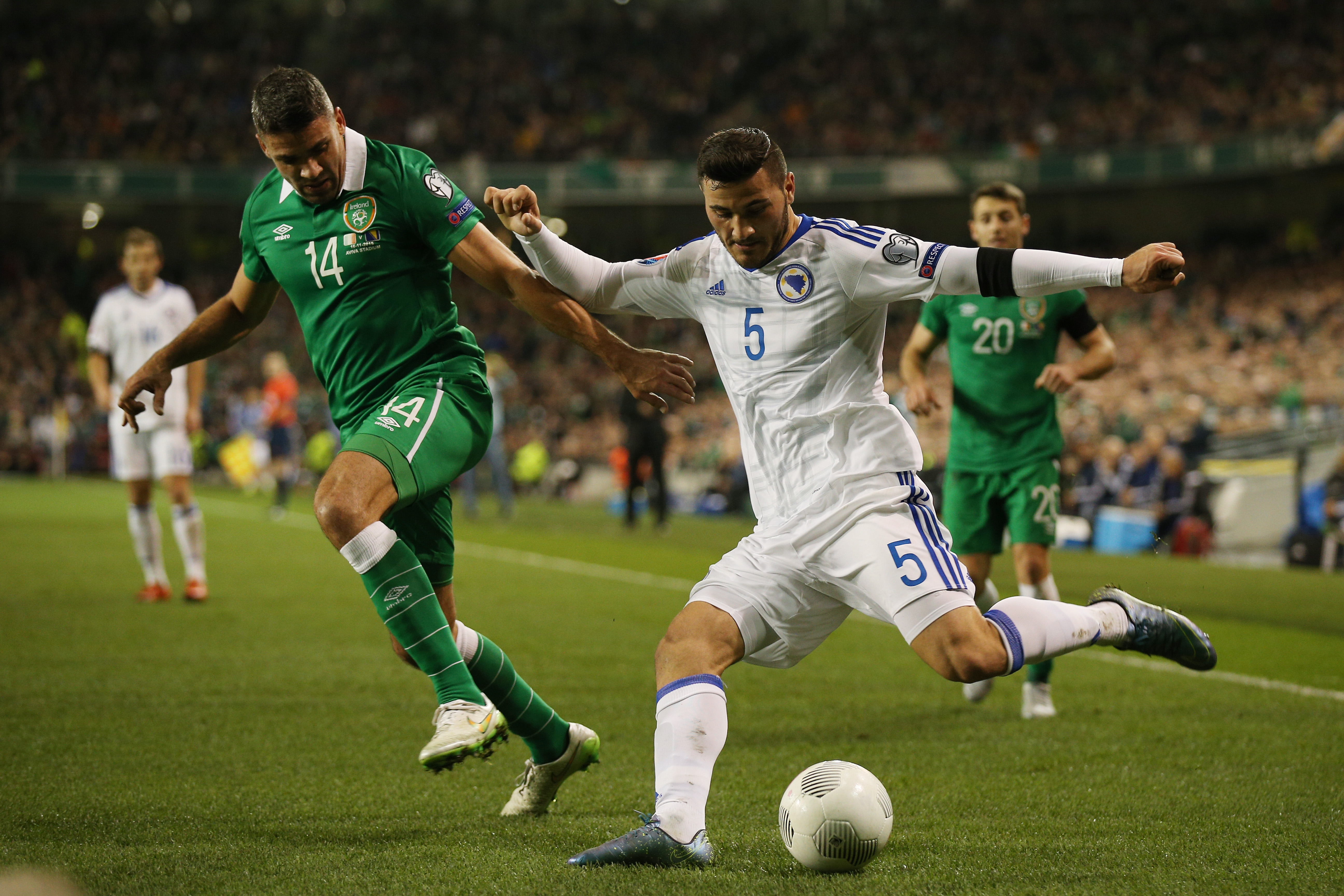 497401364-republic-of-ireland-v-bosnia-and-herzegovina-uefa-euro-2016-qualifier-play-off-second-leg.jpg