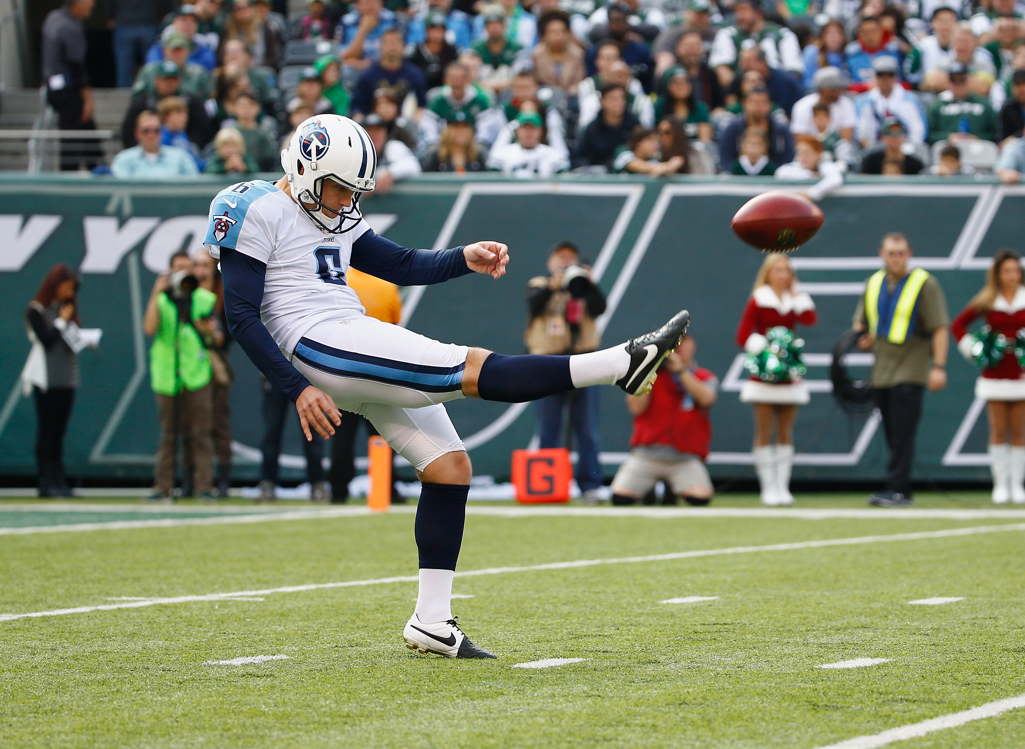 501469236-tennessee-titans-v-new-york-jets.jpg