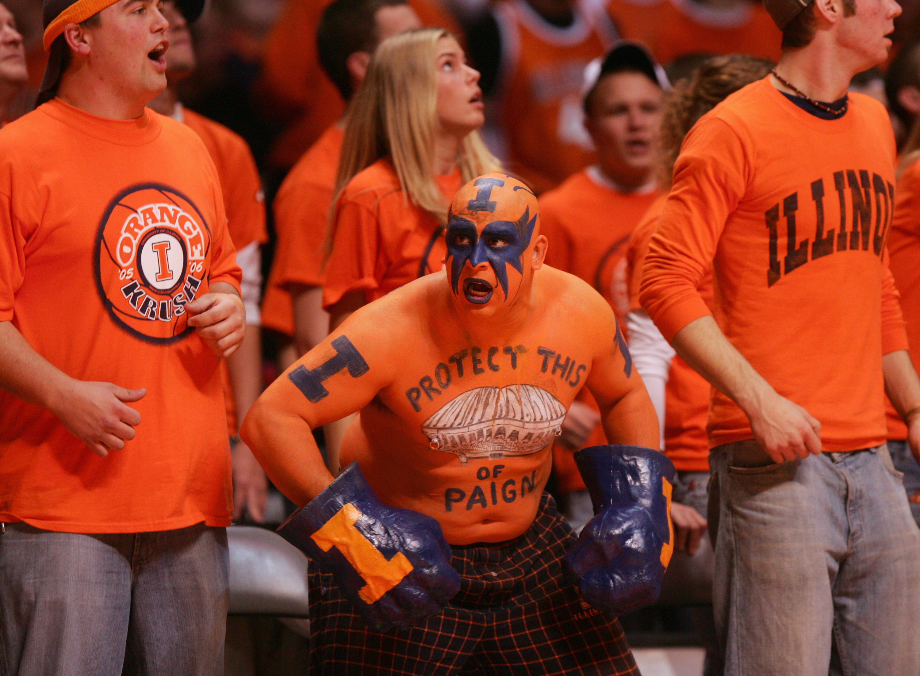 56803419-michigan-state-spartans-v-illinois-fighting-illini.jpg