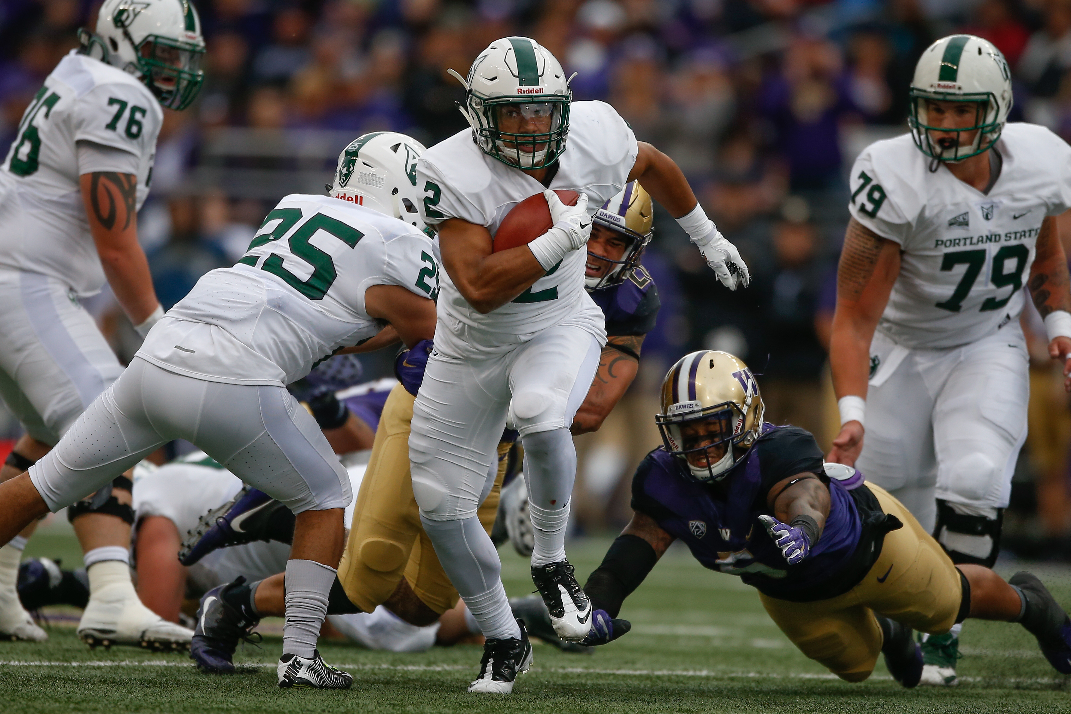 607365802-portland-state-v-washington.jpg