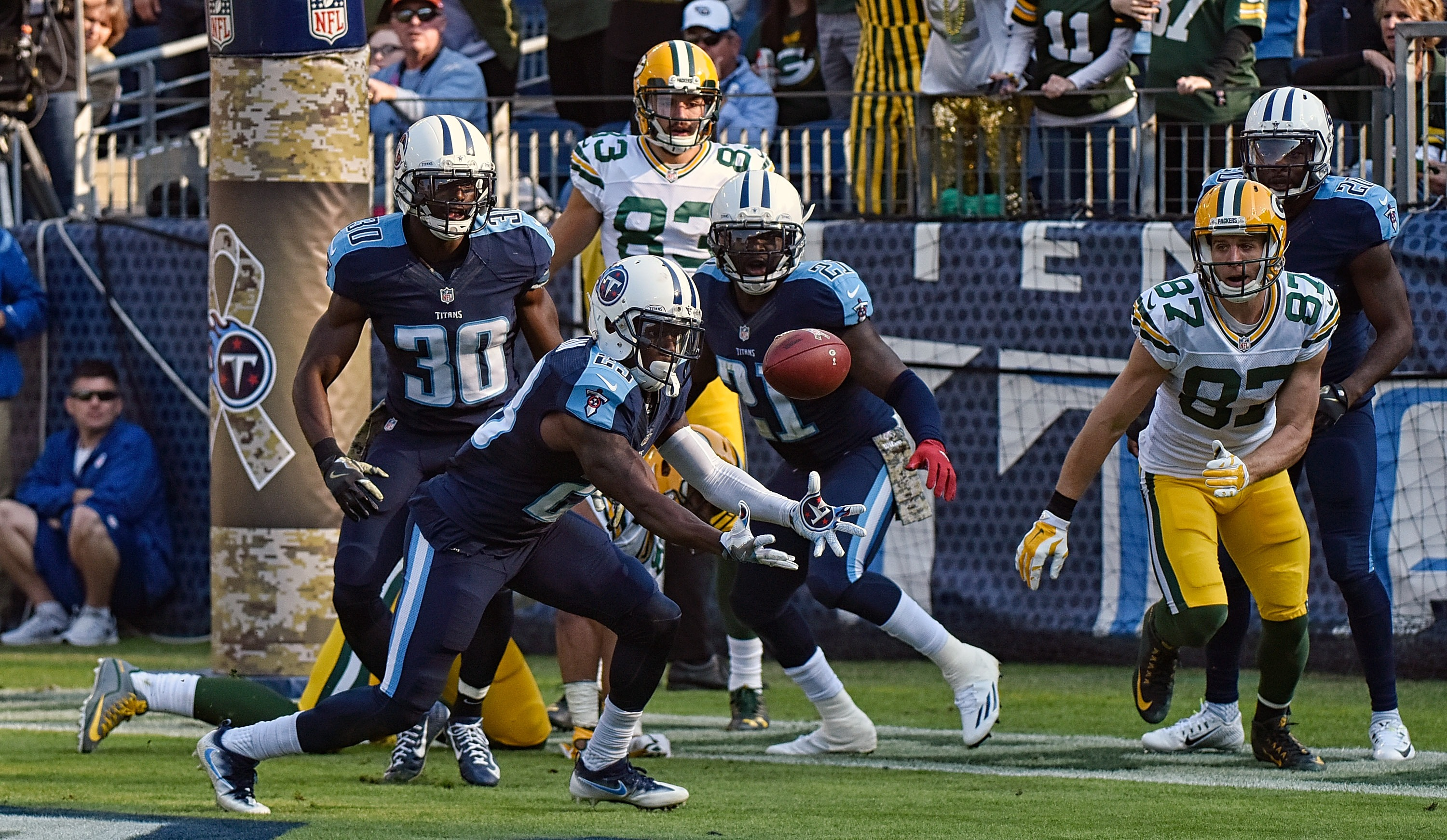 623042976-green-bay-packers-v-tennessee-titans.jpg