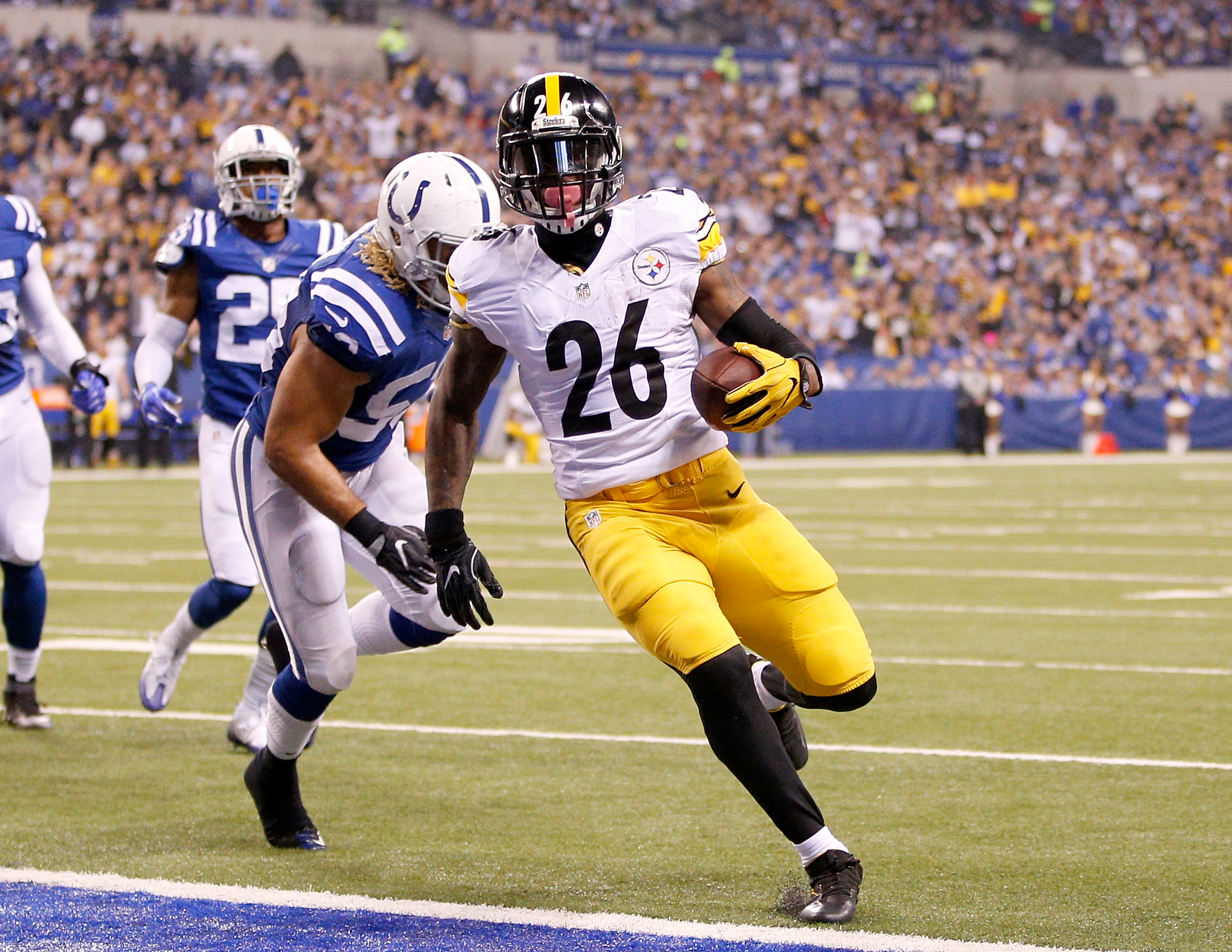 625638916-pittsburgh-steelers-v-indianapolis-colts.jpg