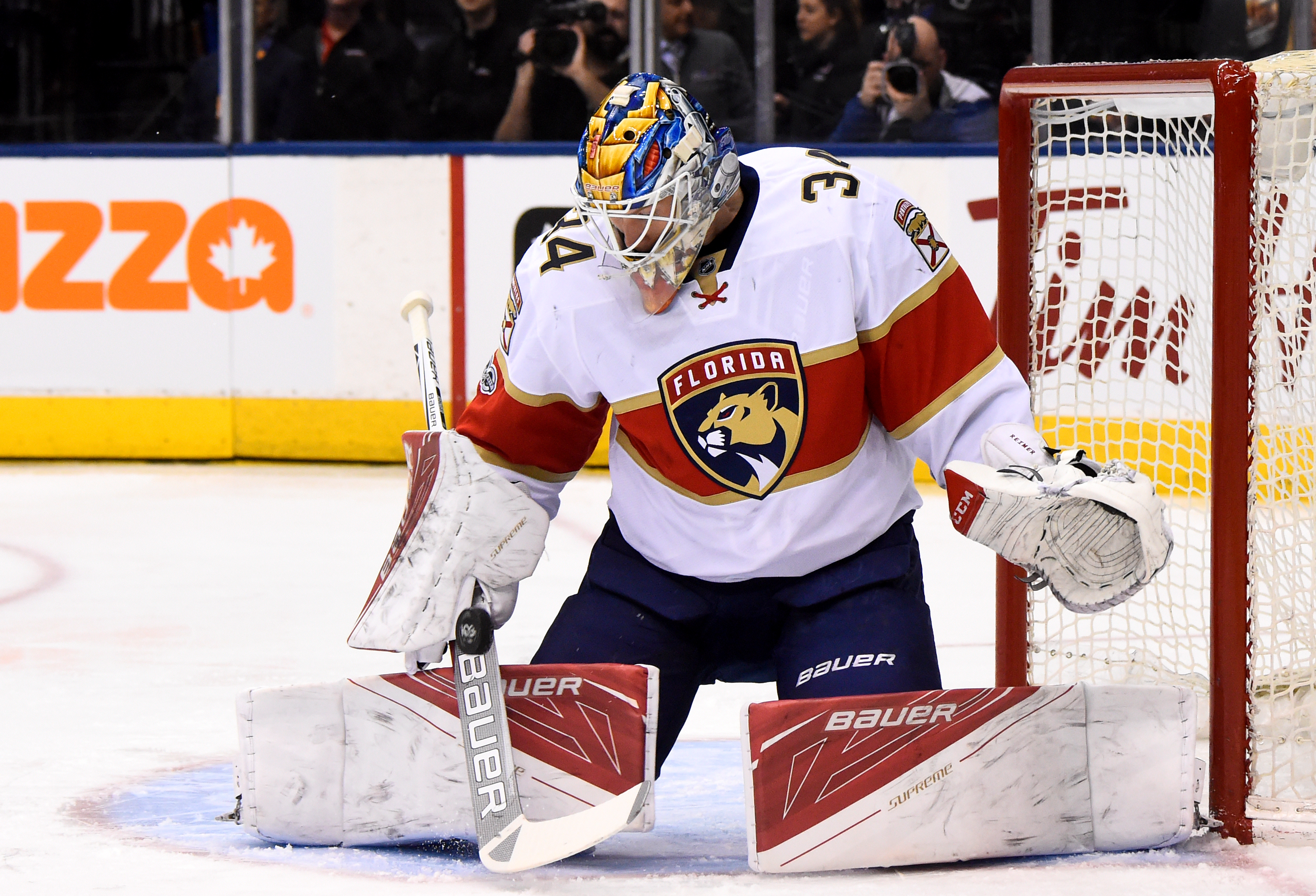 660359434-florida-panthers-v-toronto-maple-leafs.jpg
