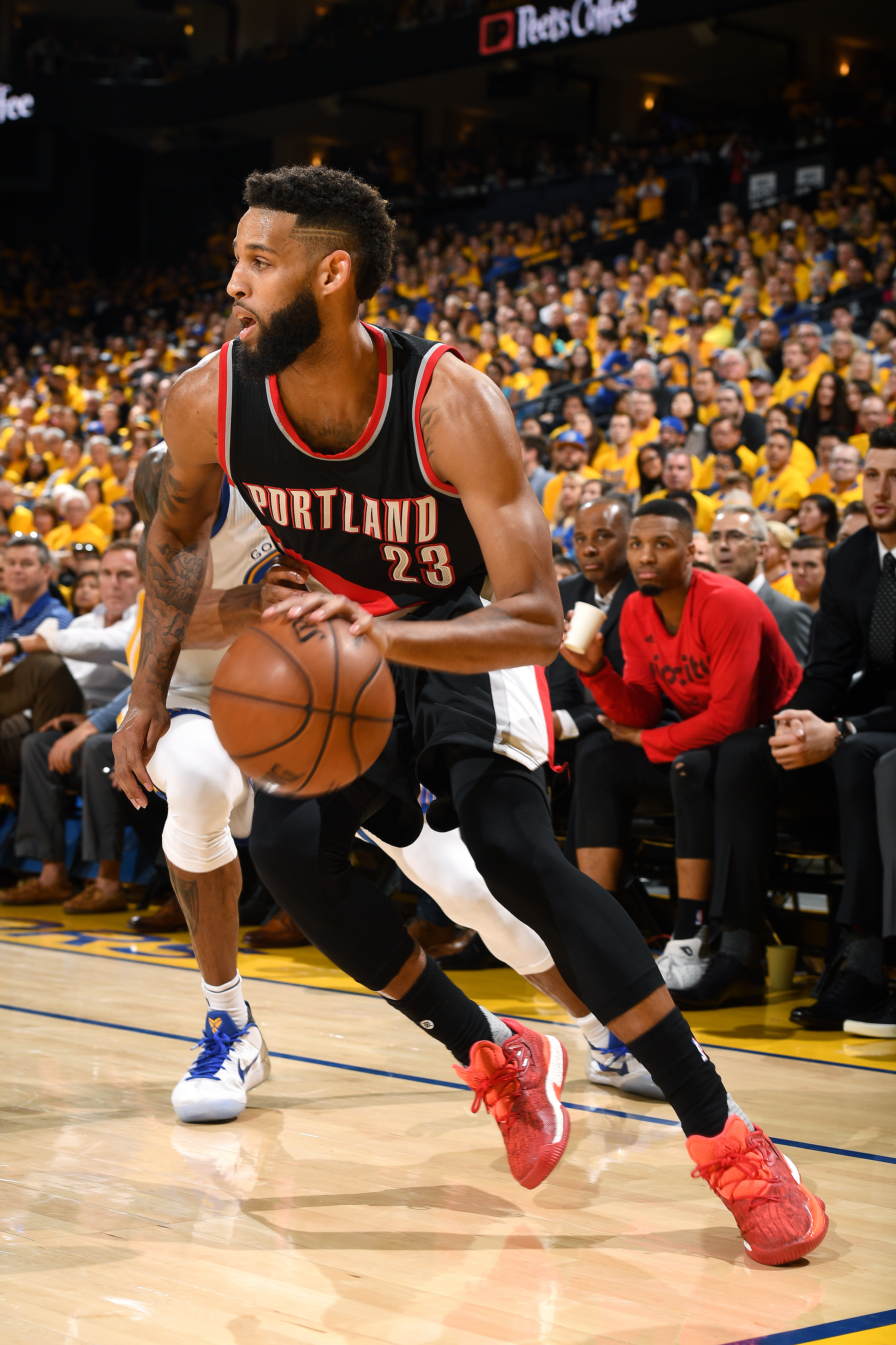 669196148-portland-trail-blazers-v-golden-state-warriors-game-one.jpg