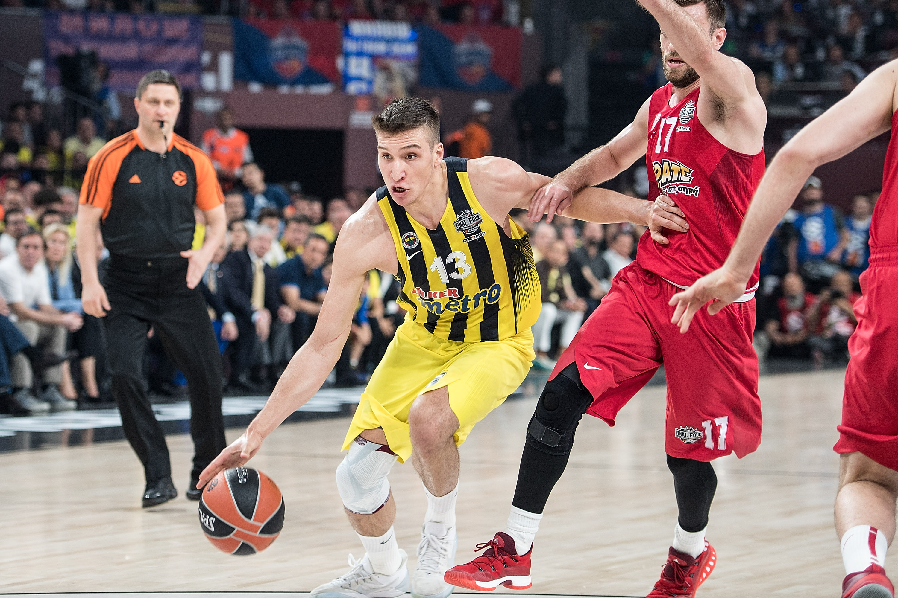 686394258-fenerbahce-istanbul-v-olympiacos-piraeus-championship-game-2017-turkish-airlines-euroleague-final-four.jpg