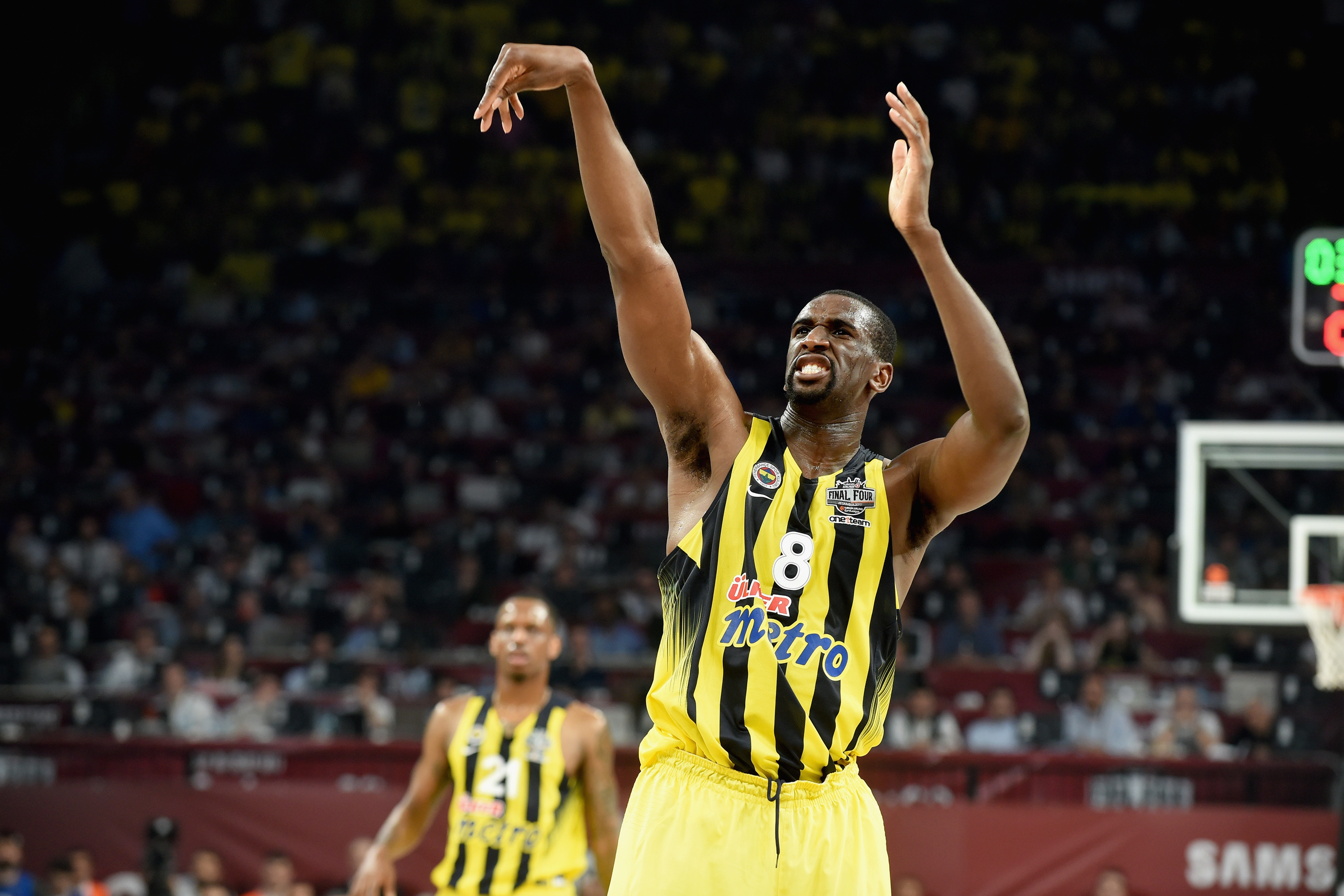 696261166-fenerbahce-istanbul-v-olympiacos-piraeus-championship-game-2017-turkish-airlines-euroleague-final-four.jpg
