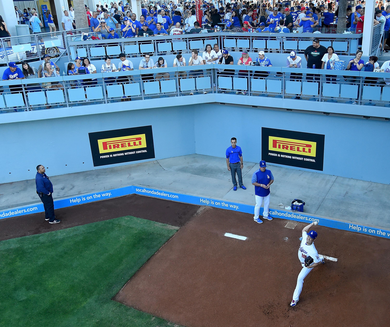 Kershaw's no-hit bid for Dodgers broken up in 7th inning