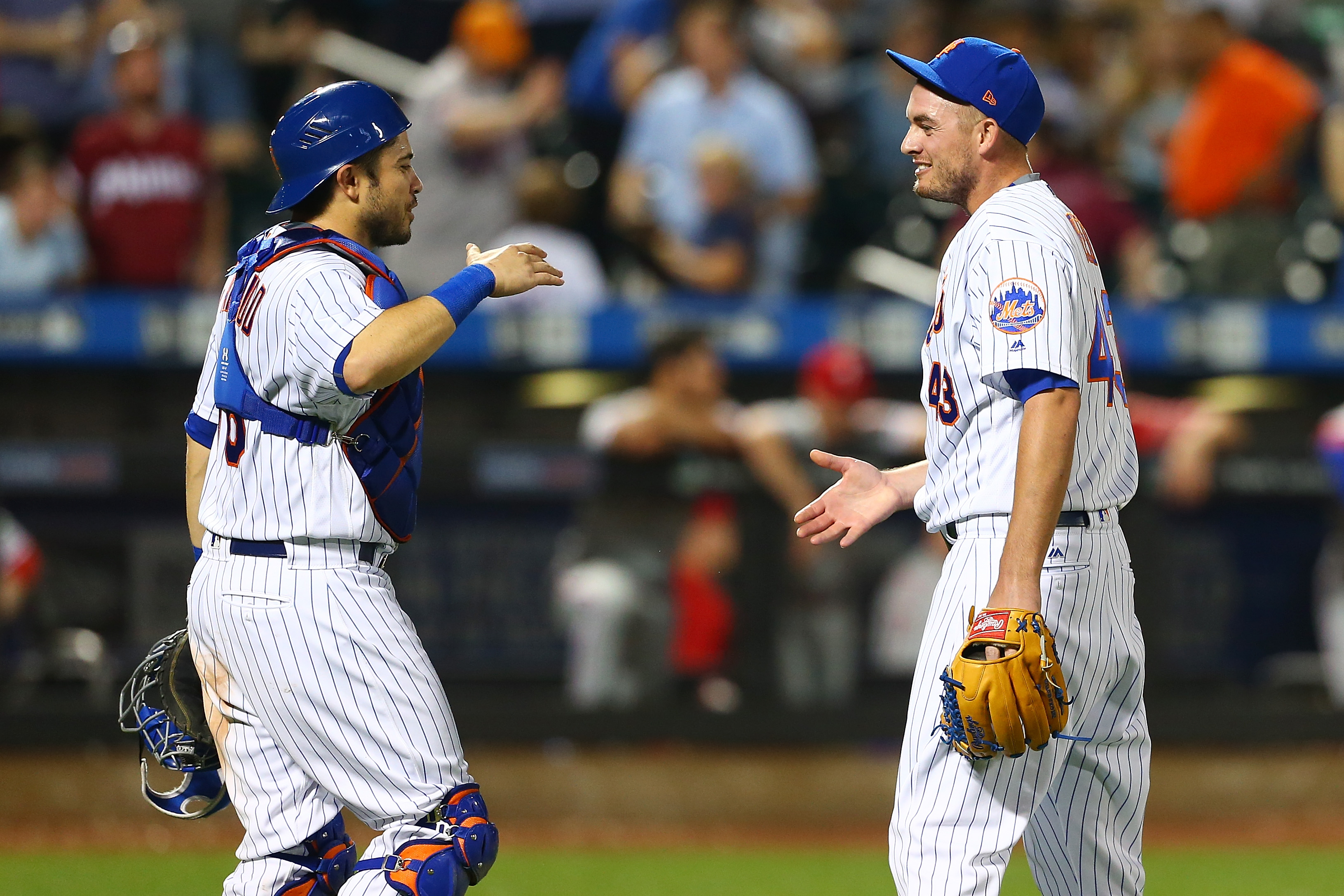 Mets LF Rivera injured vs. Nationals