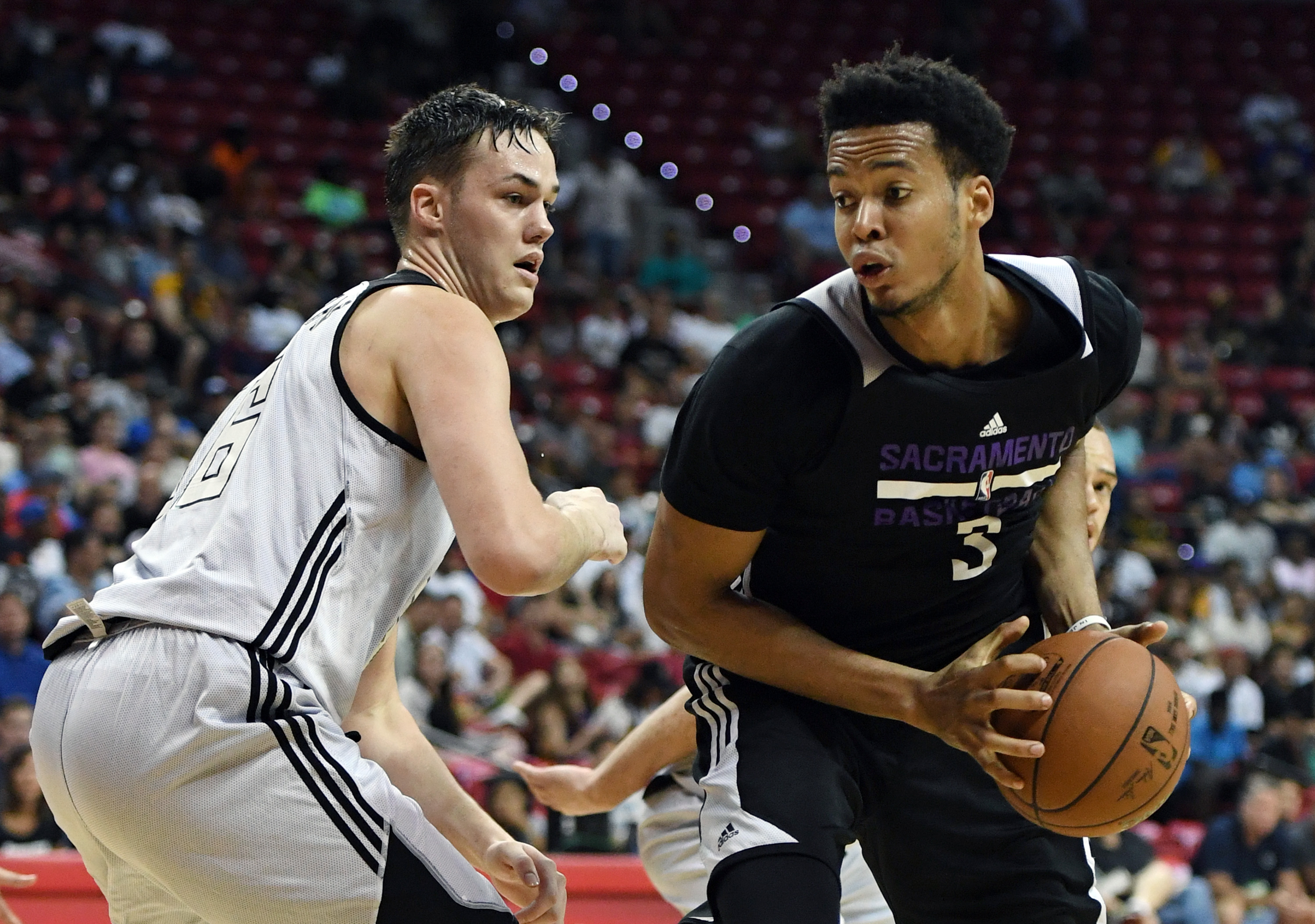 813861728-2017-las-vegas-summer-league-sacramento-kings-v-milwaukee-bucks.jpg
