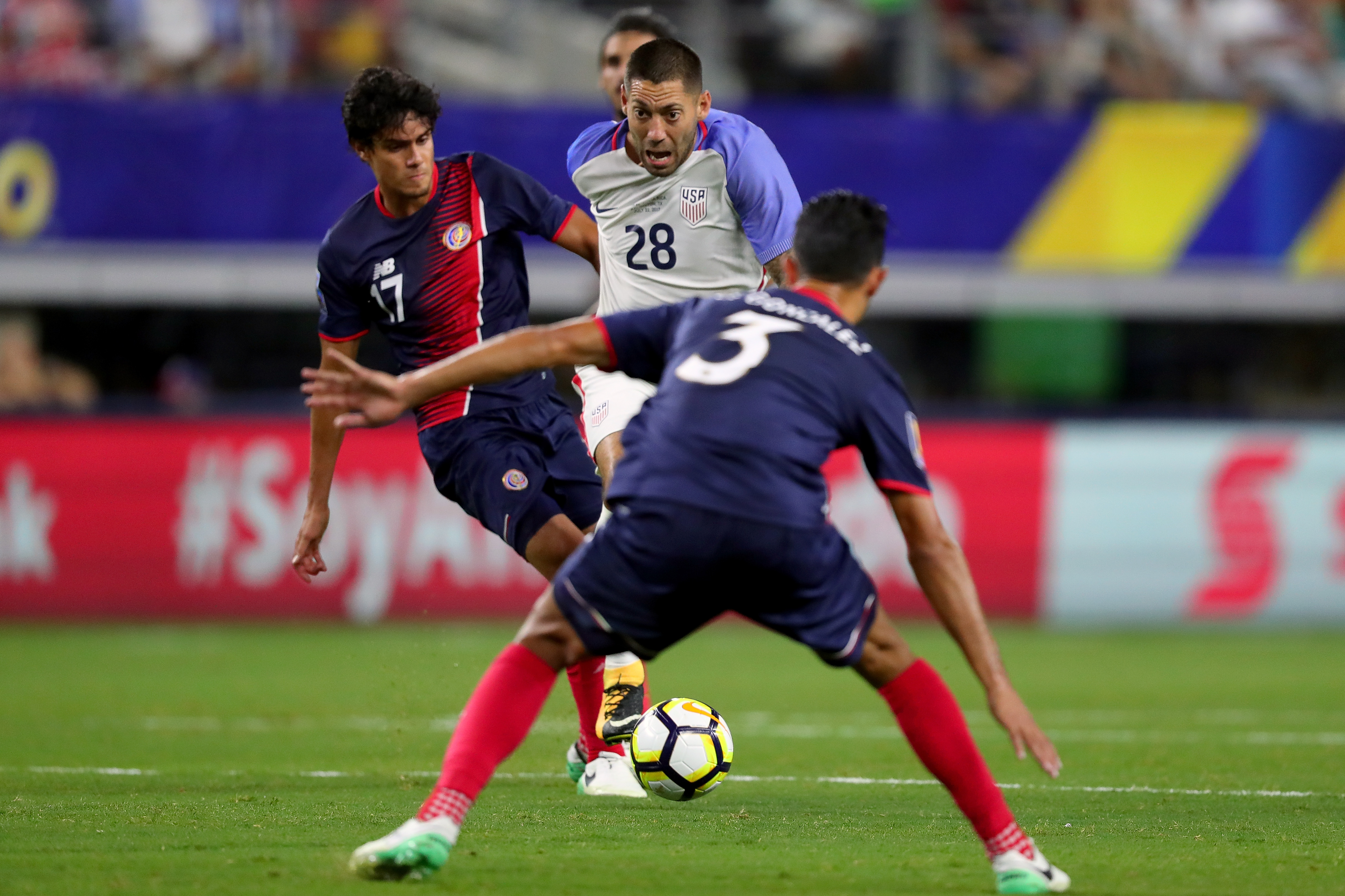 821075556-united-states-v-costa-rica-semifinal-2017-concacaf-gold-cup.jpg