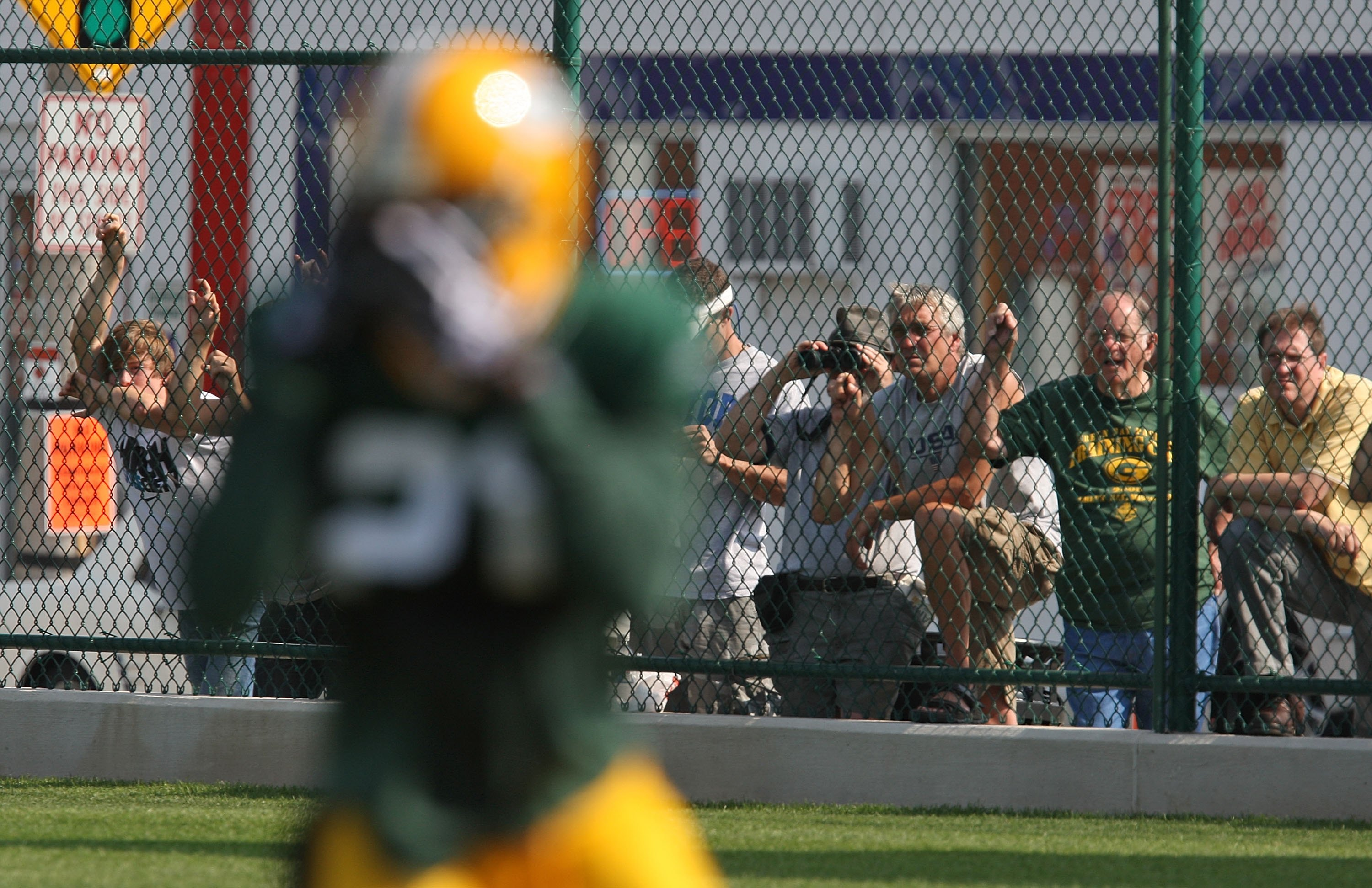 89756791-green-bay-packers-training-camp.jpg