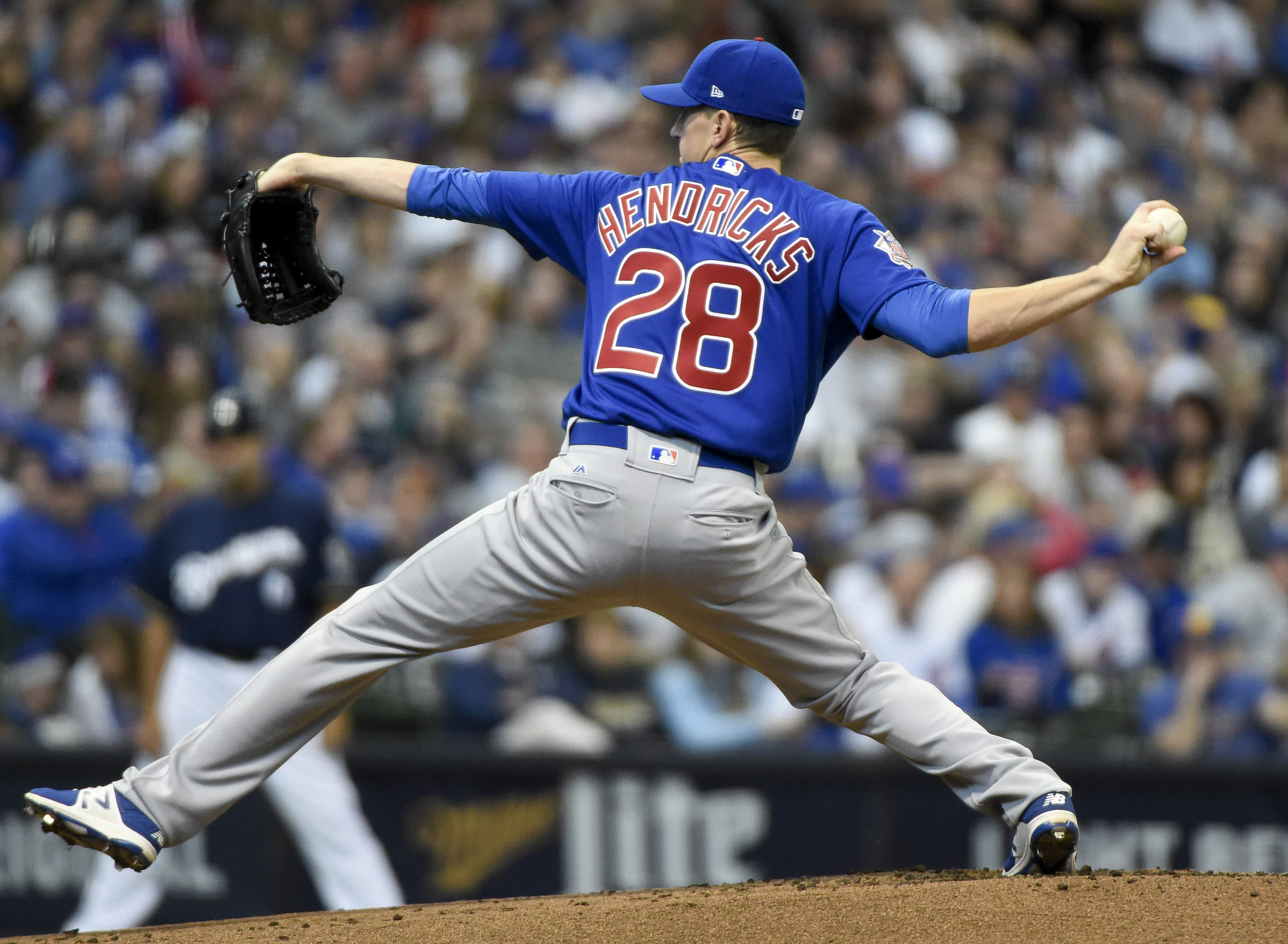 10001165-mlb-chicago-cubs-at-milwaukee-brewers