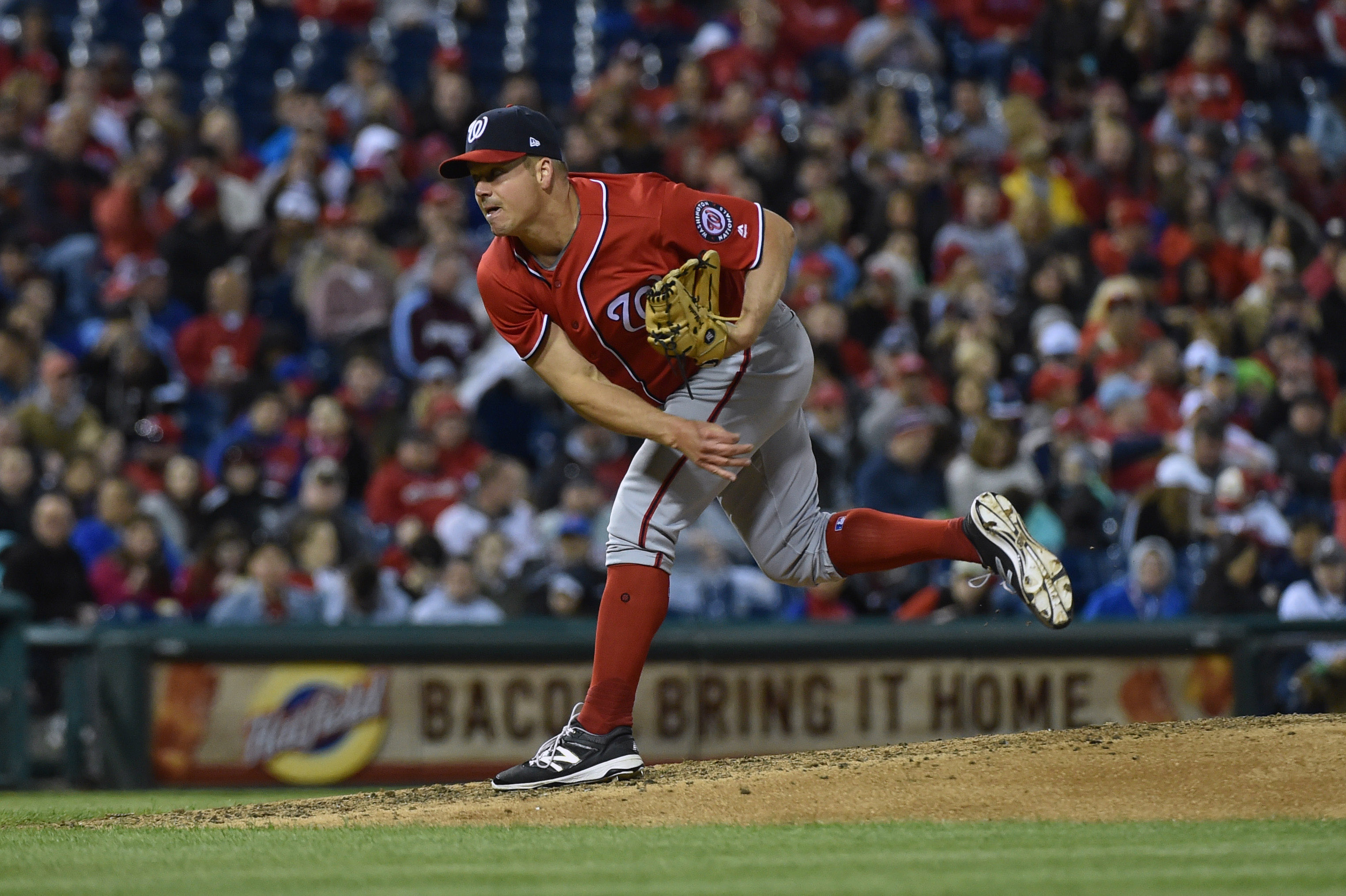 Leake, Piscotty lead Cardinals past Nationals, 6-1