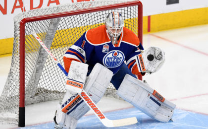 10004315-nhl-vancouver-canucks-at-edmonton-oilers-420x260
