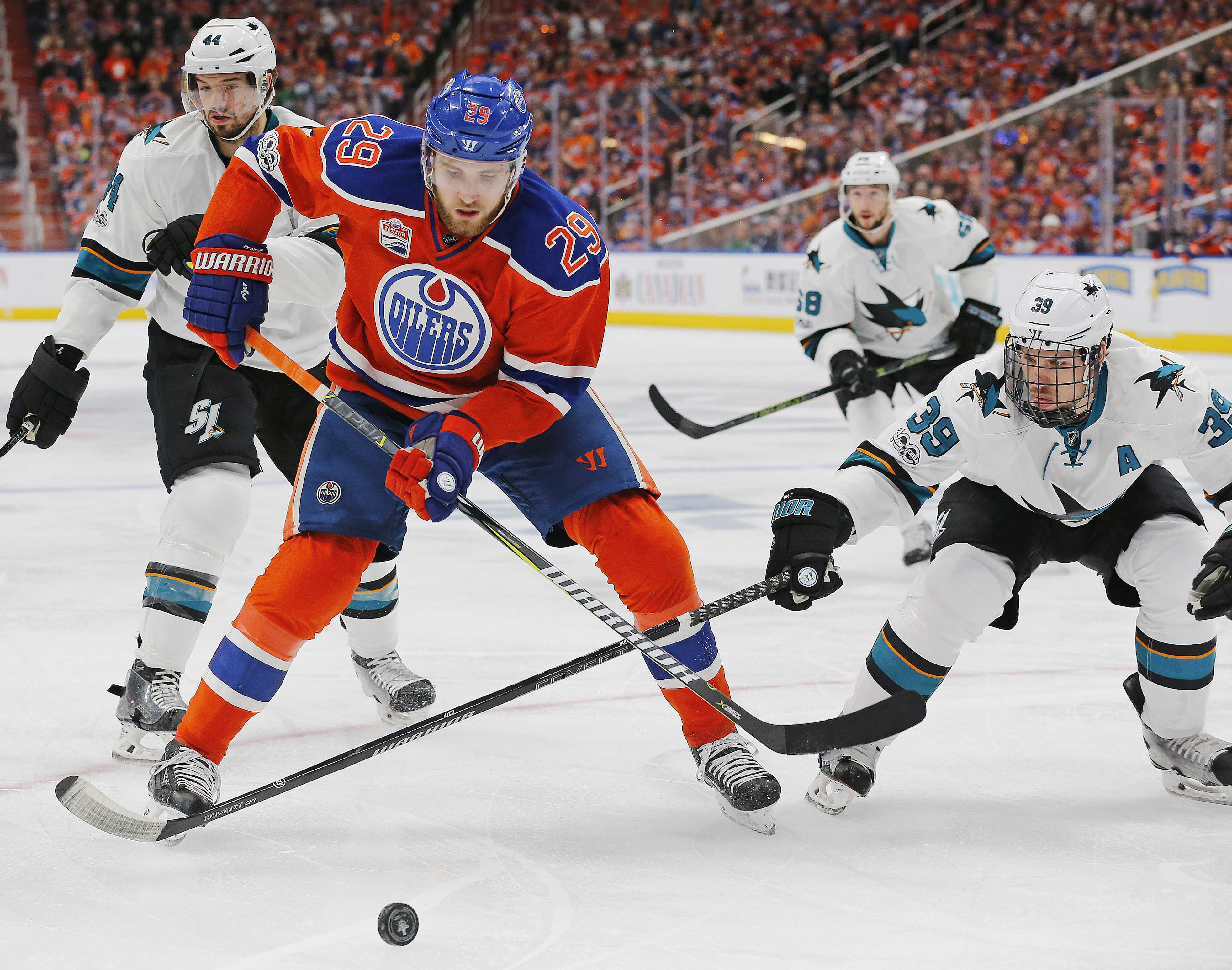 10011770-nhl-stanley-cup-playoffs-san-jose-sharks-at-edmonton-oilers