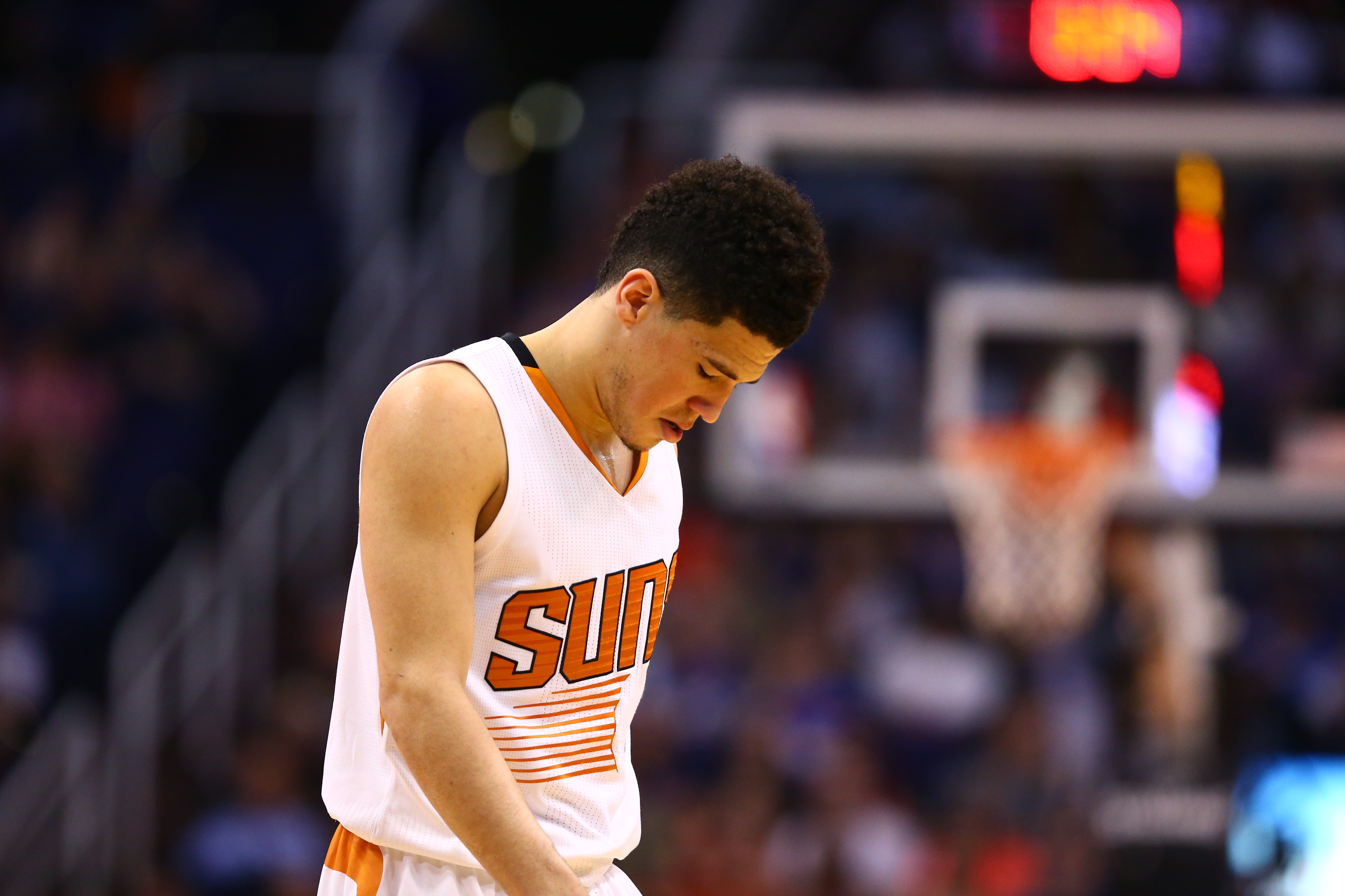 10015660-nba-oklahoma-city-thunder-at-phoenix-suns