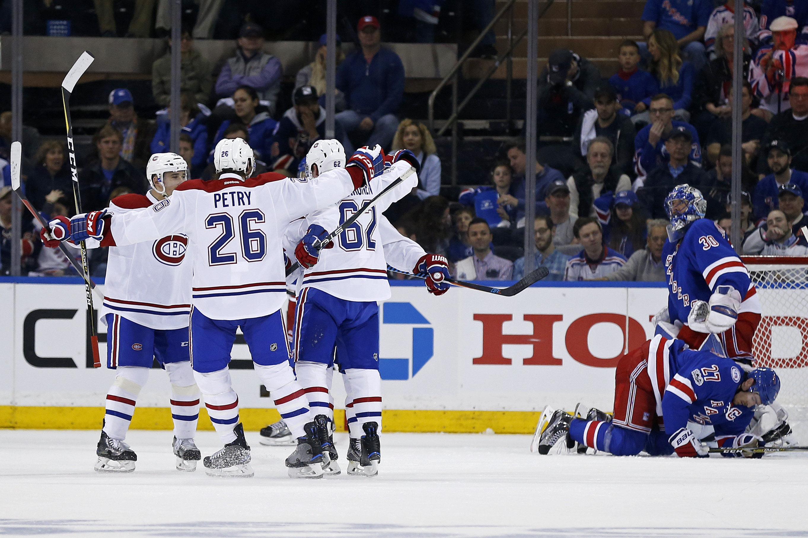 10016798-nhl-stanley-cup-playoffs-montreal-canadiens-at-new-york-rangers