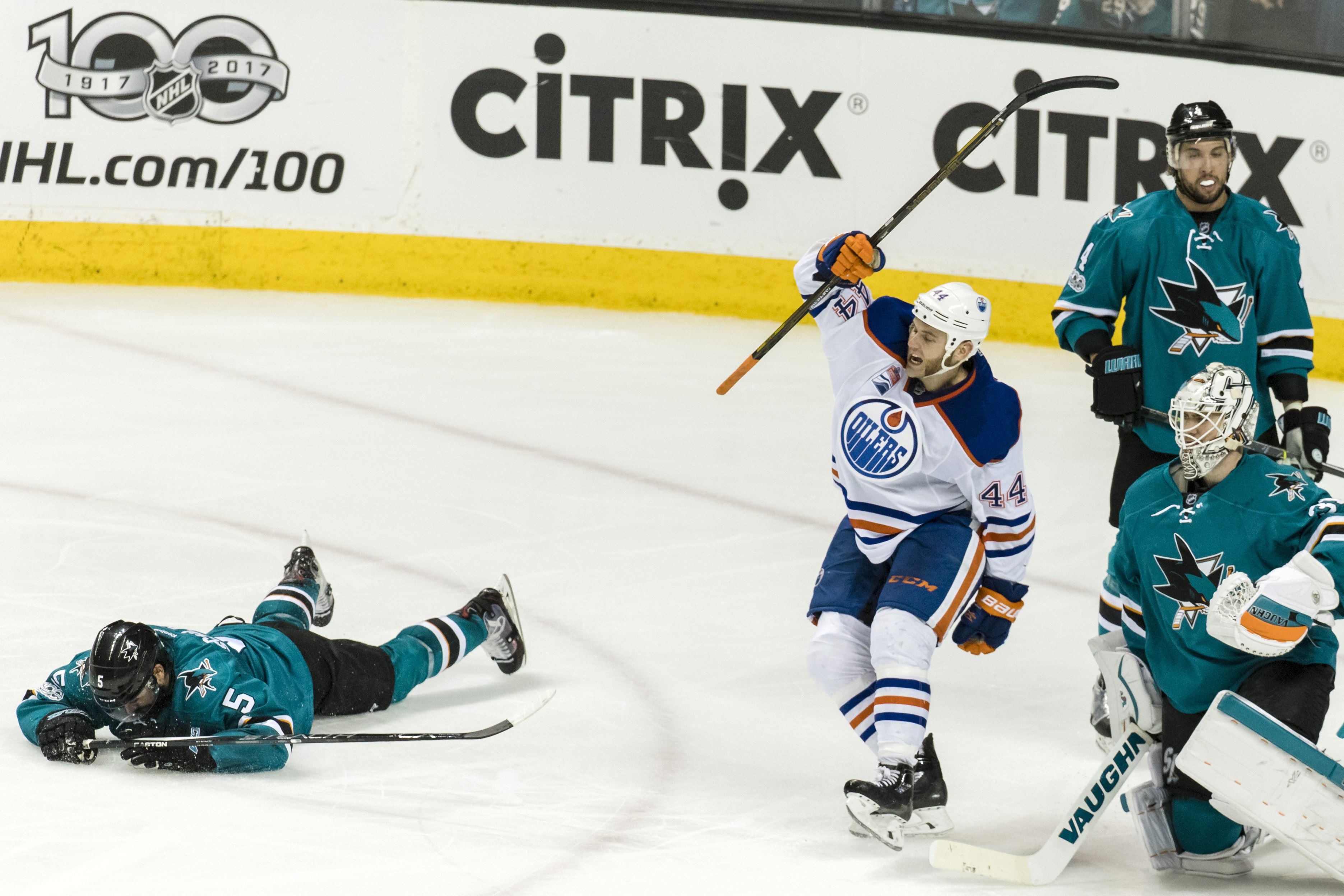 10016969-nhl-stanley-cup-playoffs-edmonton-oilers-at-san-jose-sharks