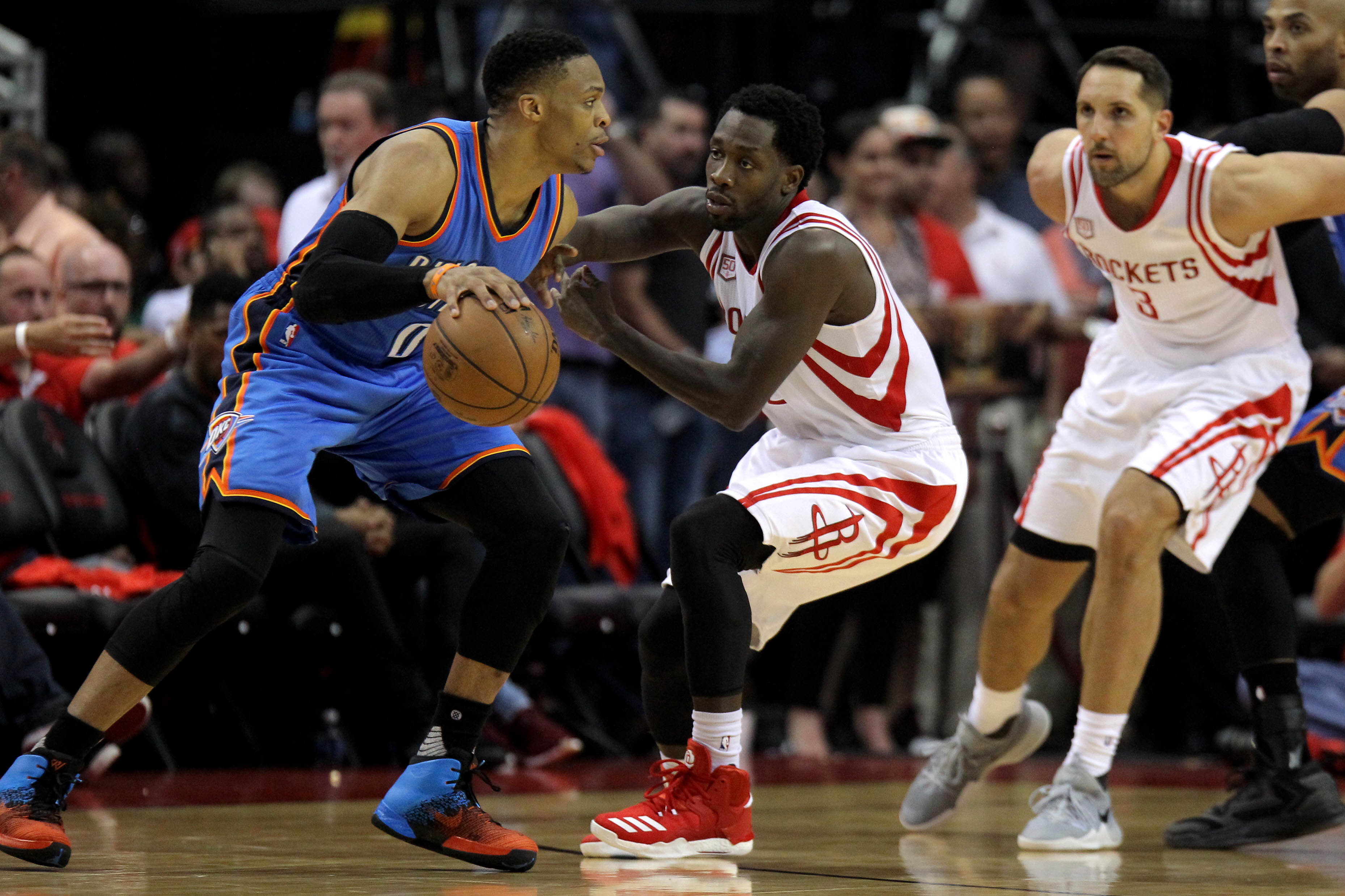 10020974-nba-playoffs-oklahoma-city-thunder-at-houston-rockets