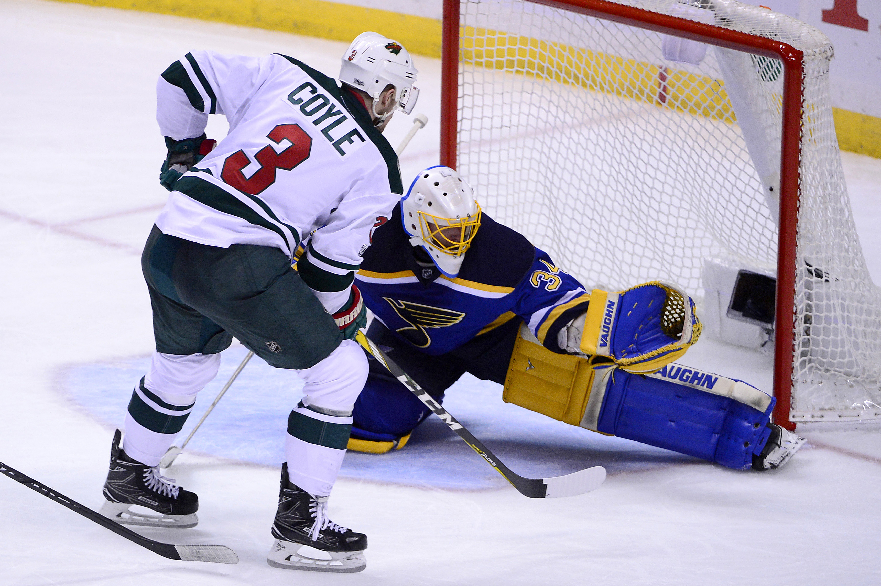 10021129-nhl-stanley-cup-playoffs-minnesota-wild-at-st.-louis-blues