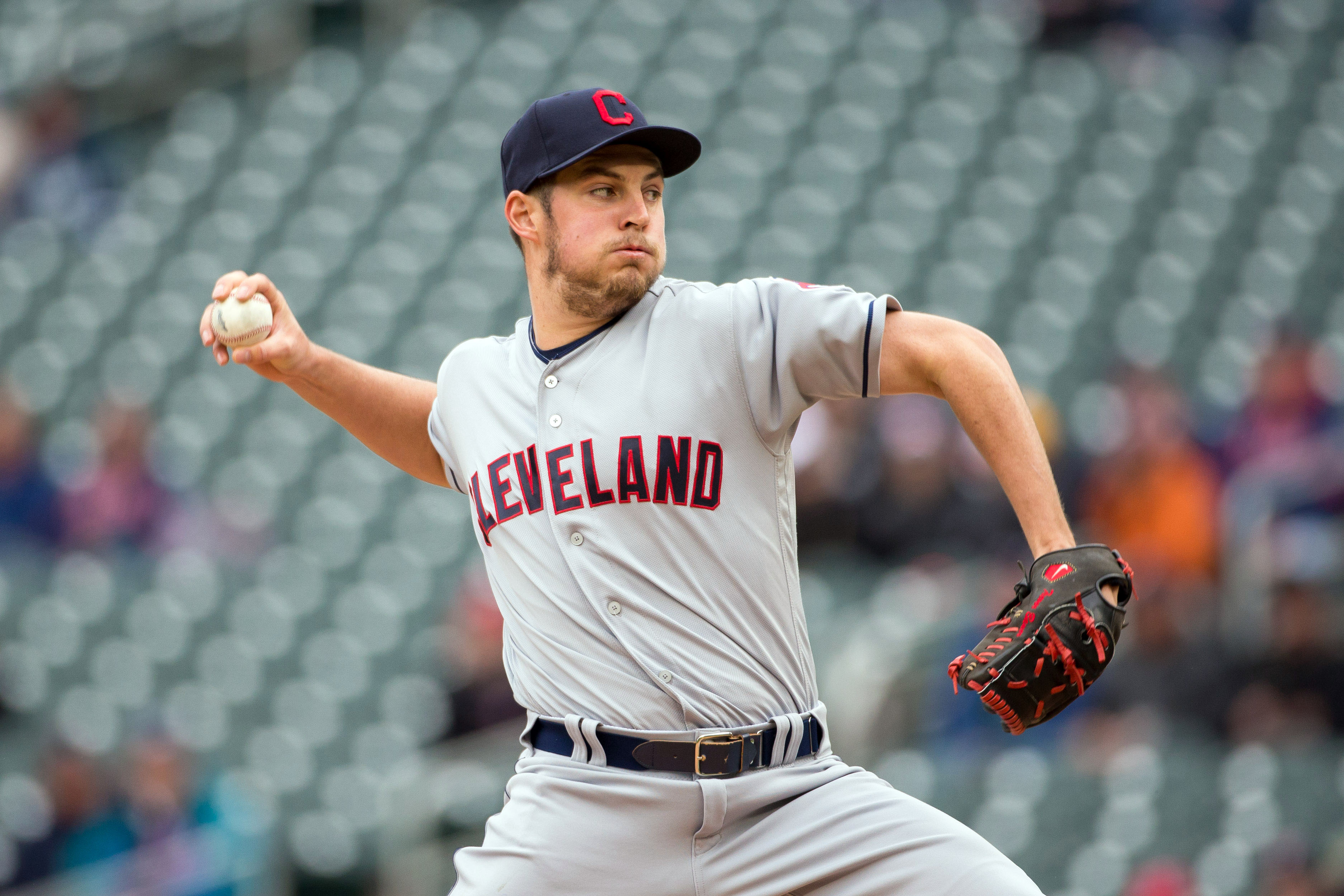 10022251-mlb-cleveland-indians-at-minnesota-twins