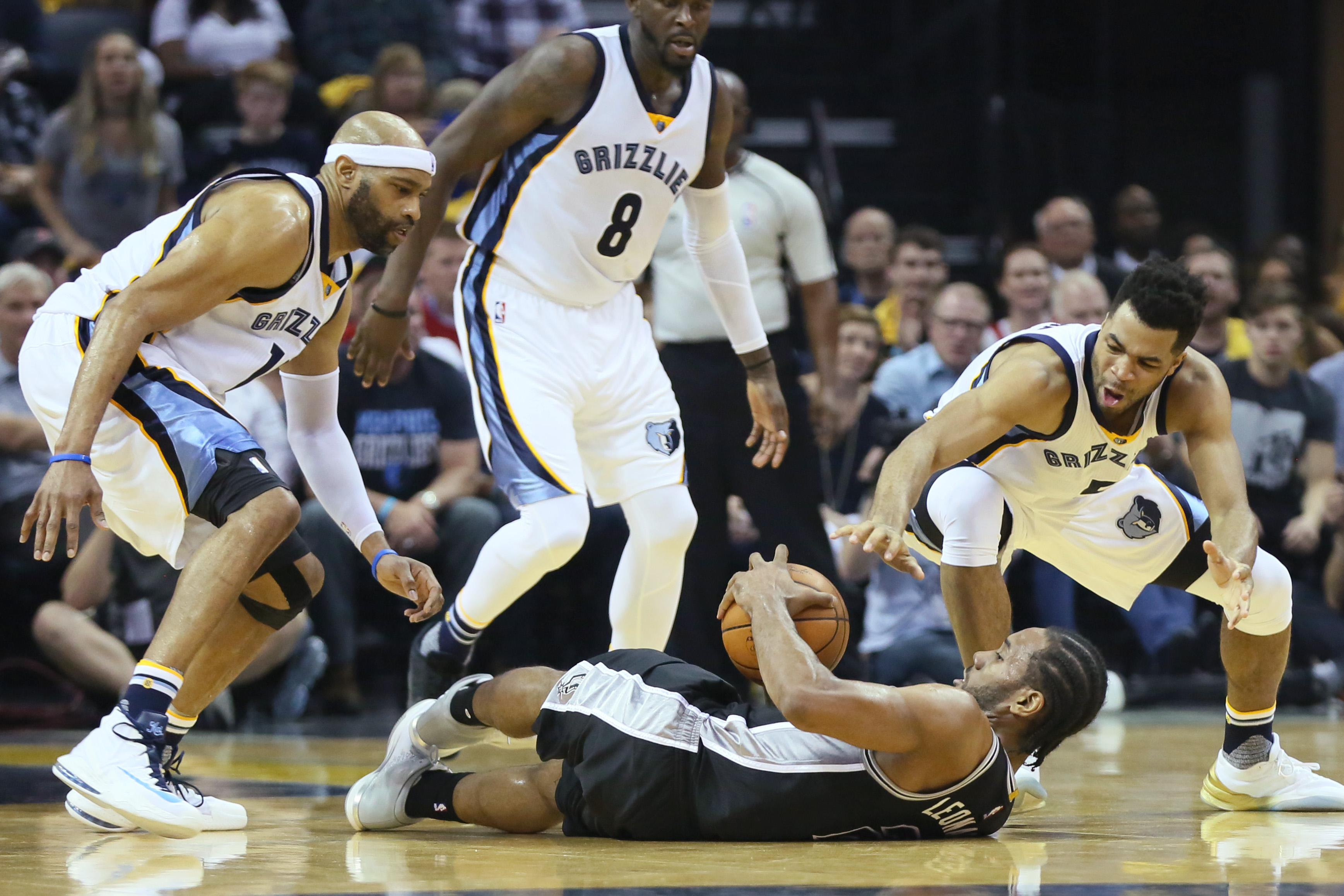 10022867-nba-playoffs-san-antonio-spurs-at-memphis-grizzlies