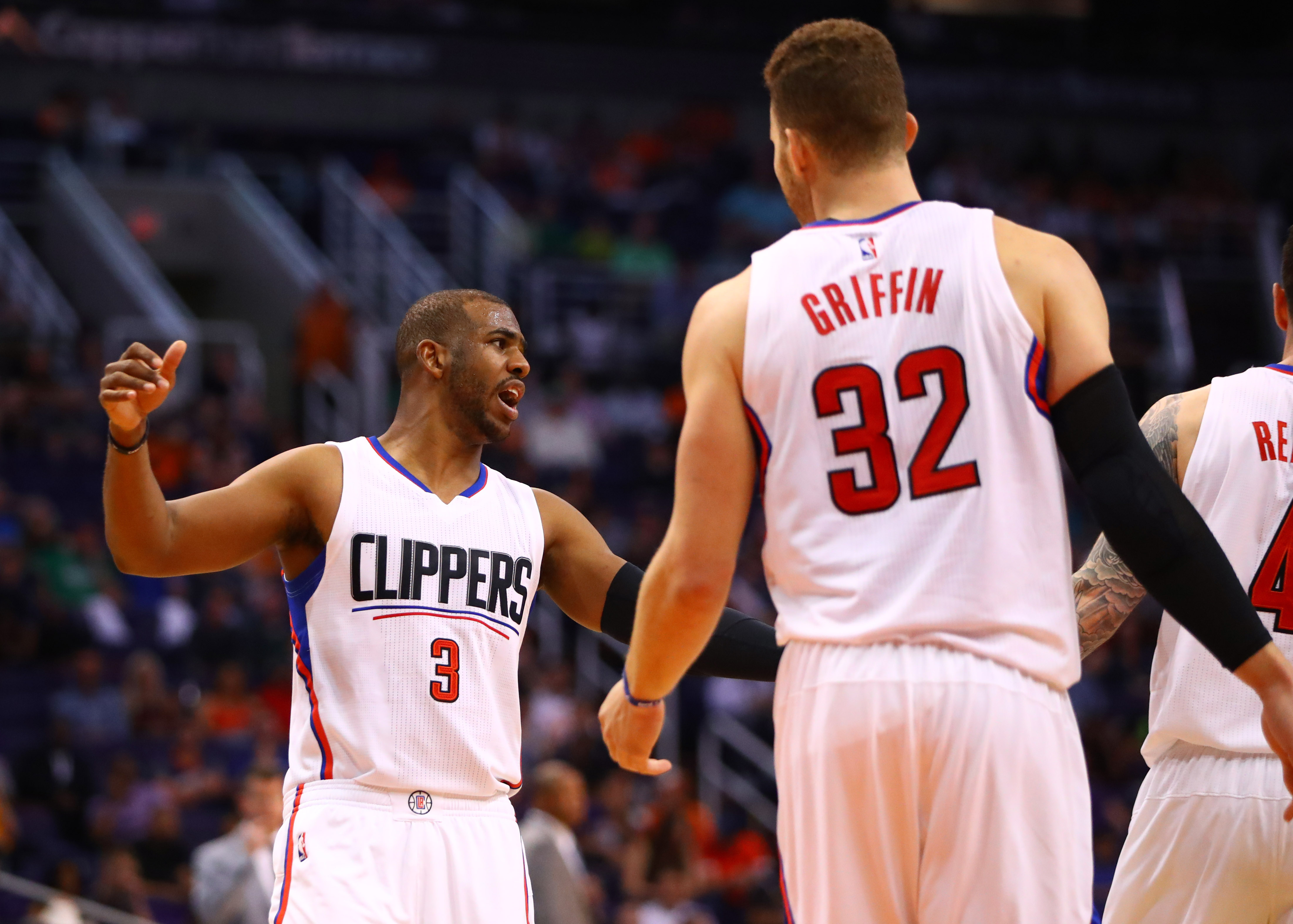 10024853-nba-los-angeles-clippers-at-phoenix-suns