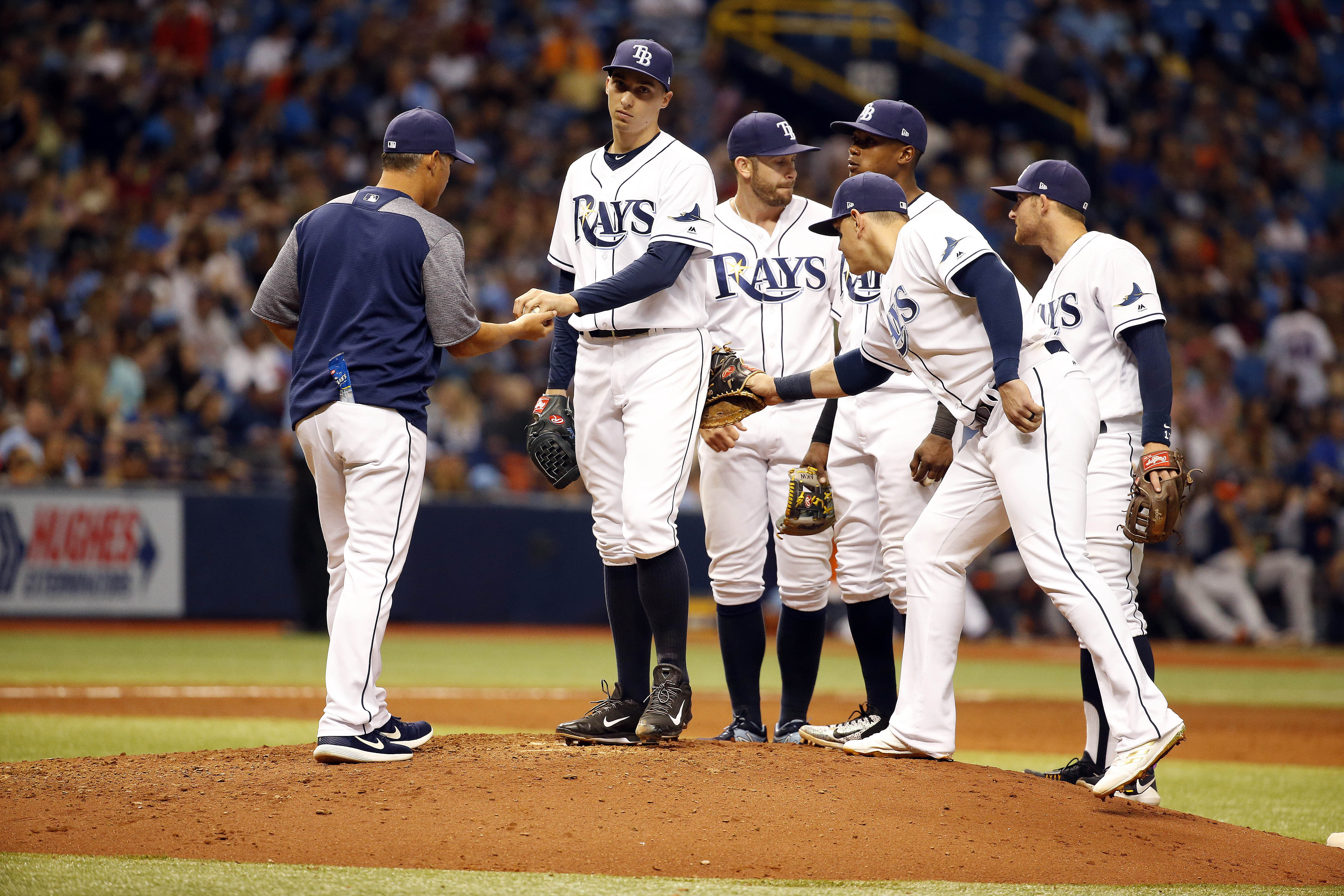10026012-mlb-houston-astros-at-tampa-bay-rays