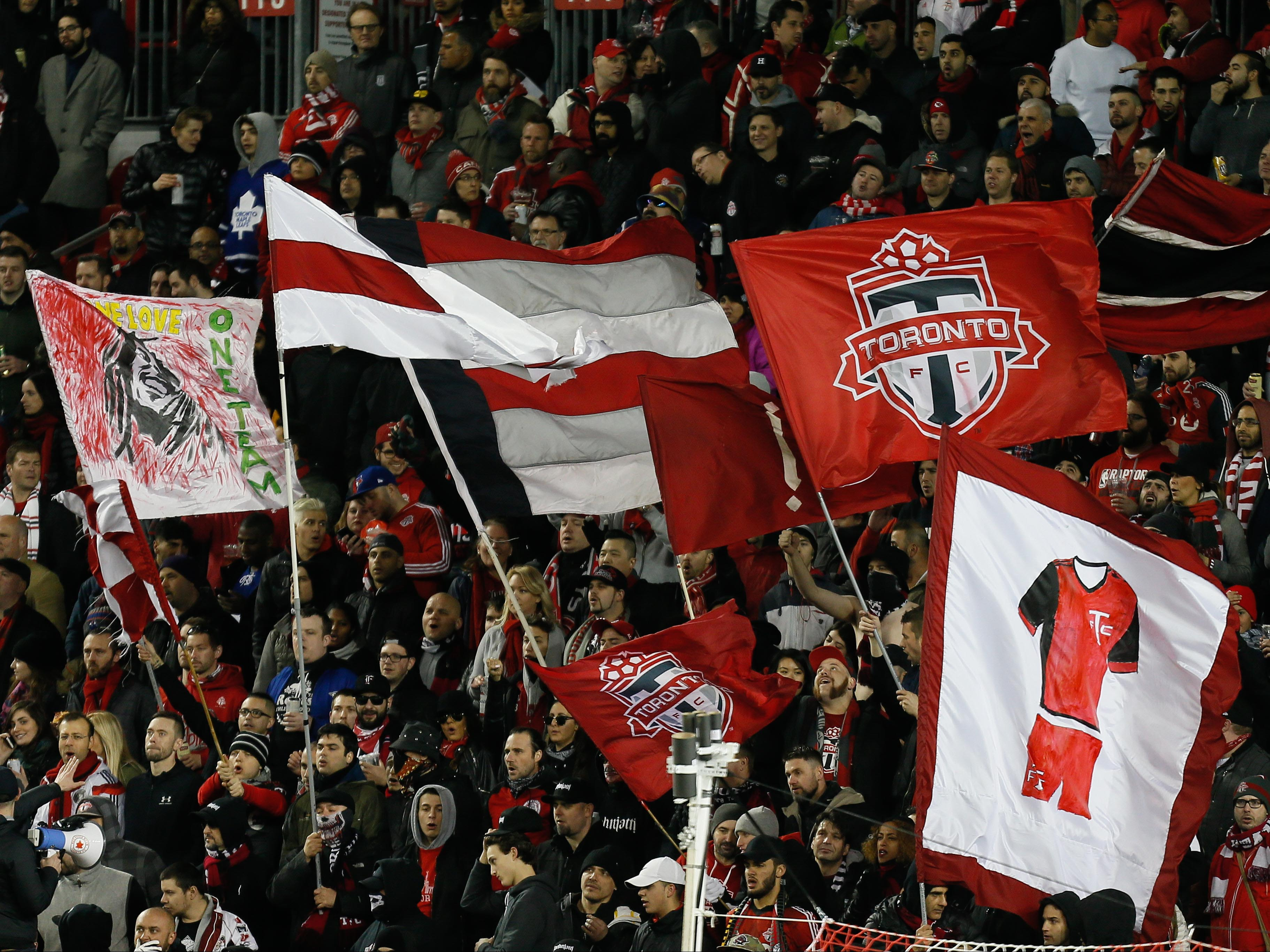 10031766-mls-chicago-fire-at-toronto-fc